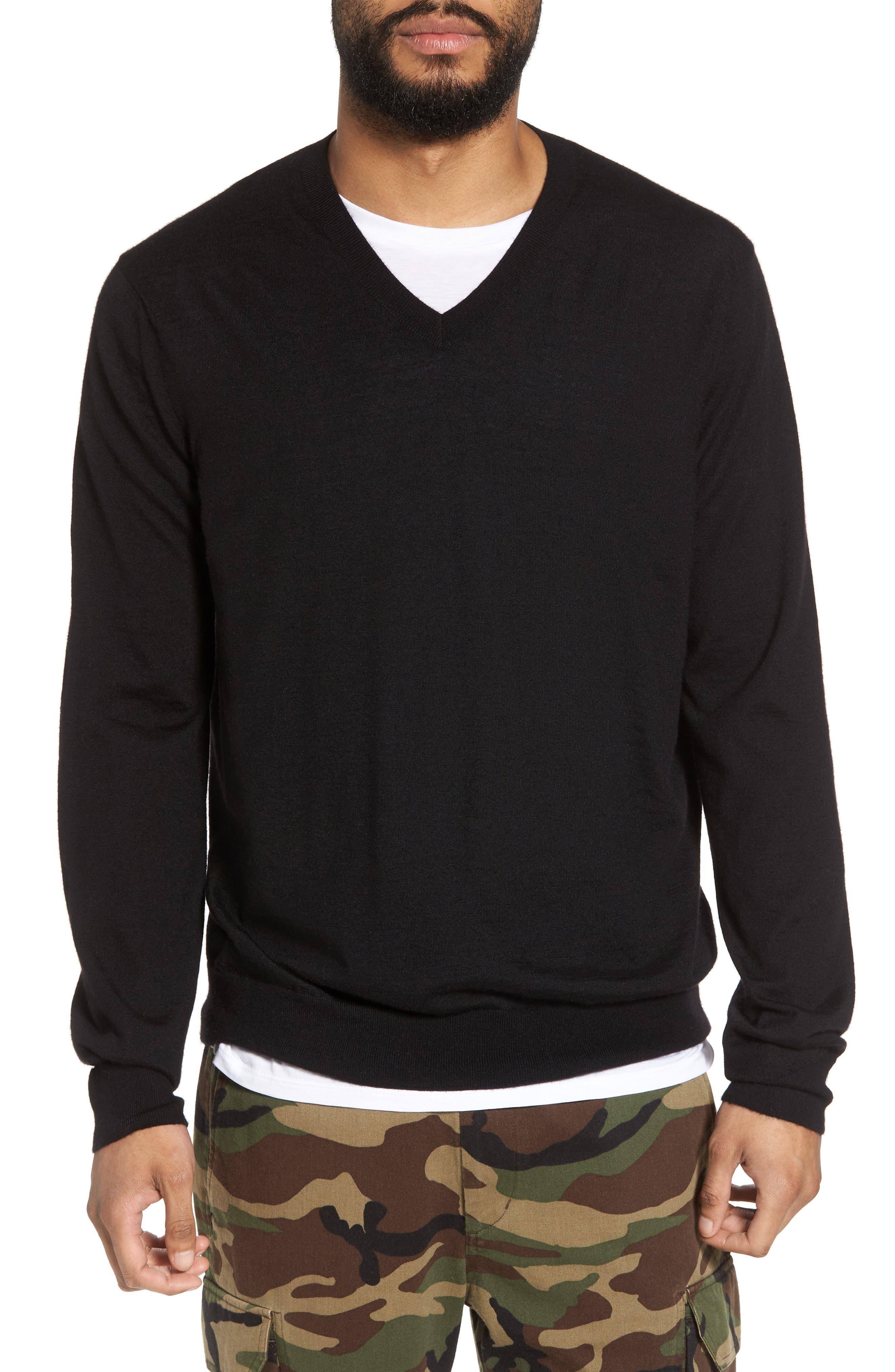 Vince Slim Fit Cashmere V-Neck Sweater