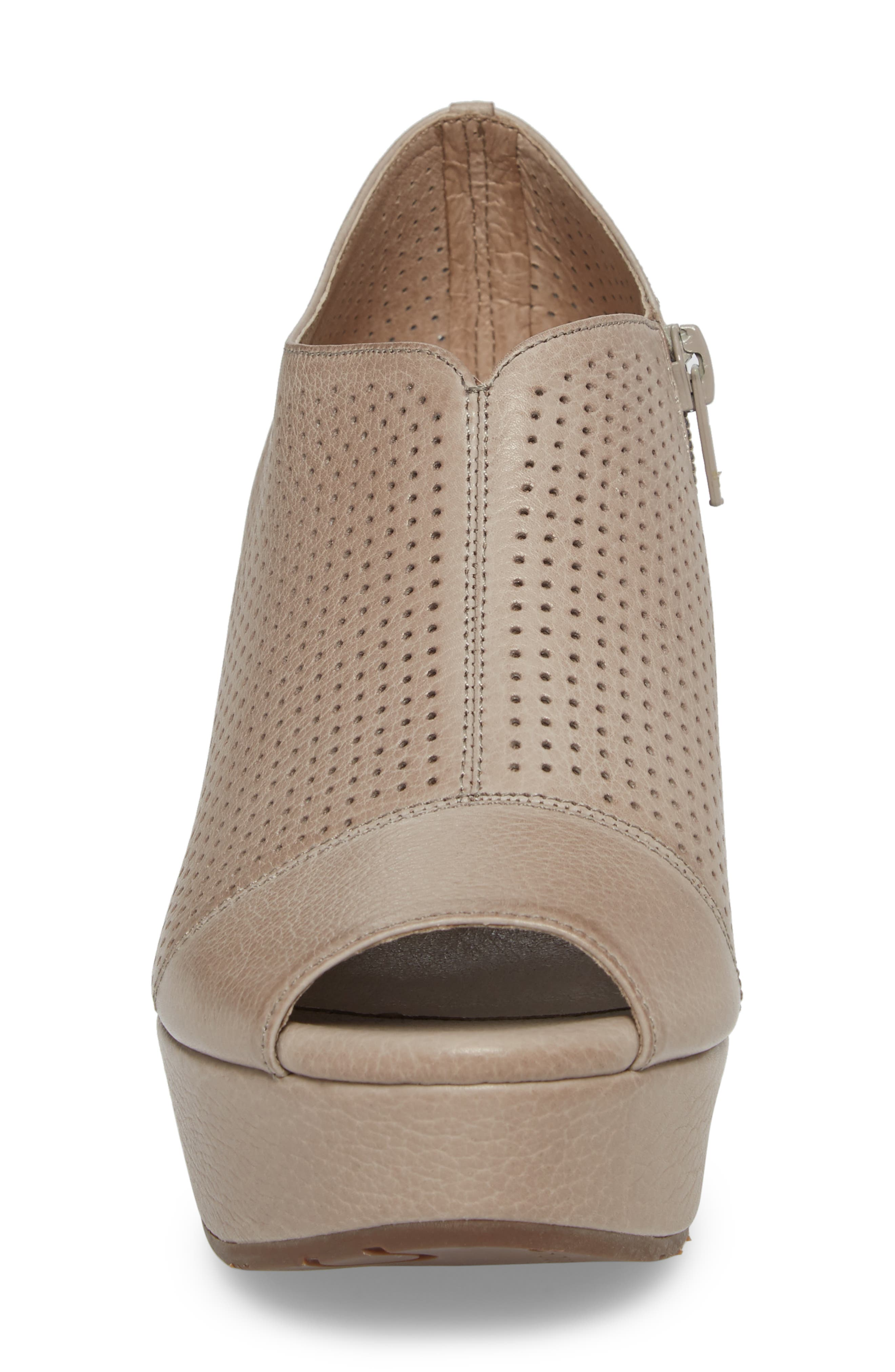 Wheeler Wedge Sandal,                             Alternate thumbnail 4, color,                             Grey Leather