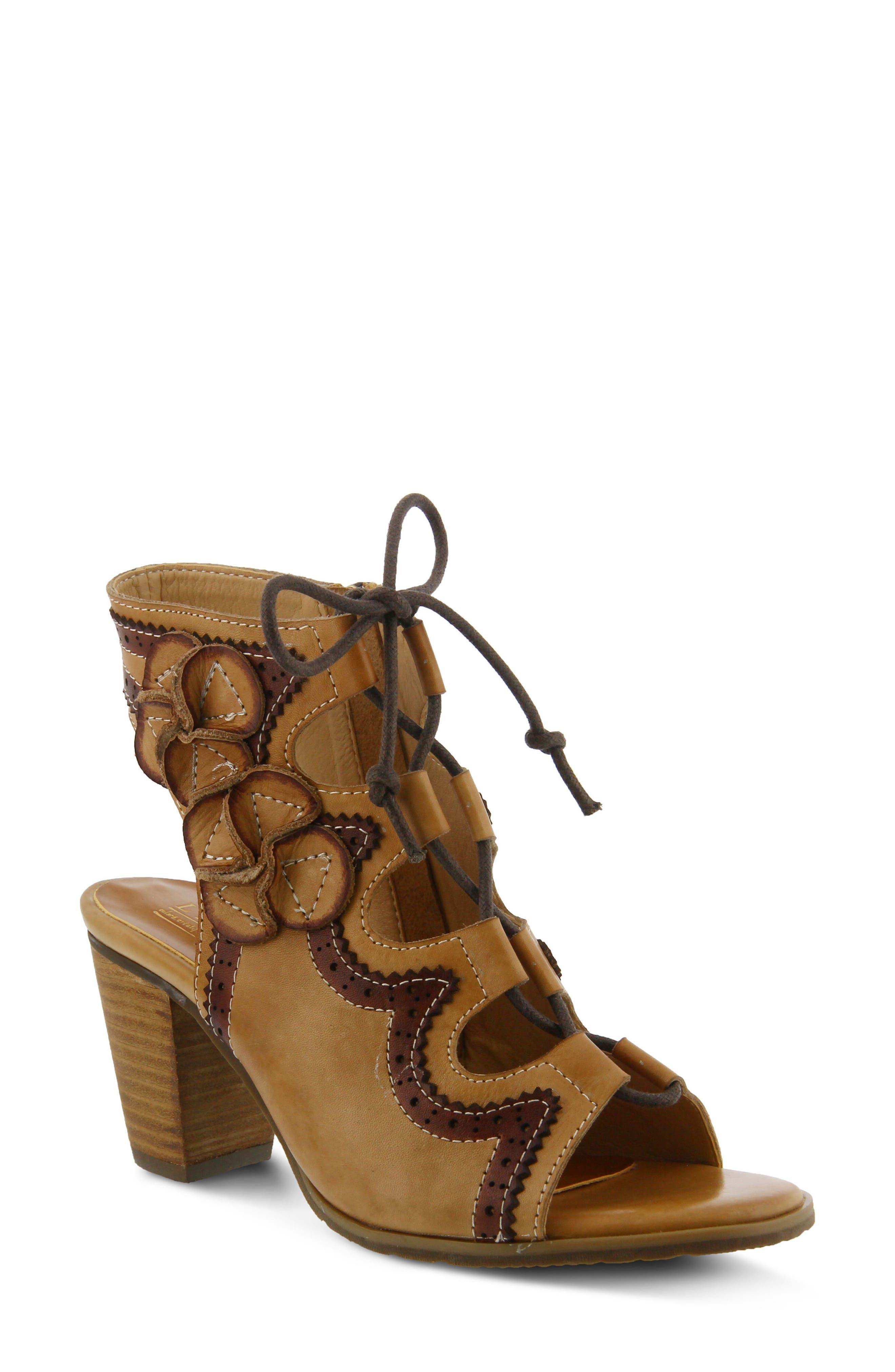 L'Artiste Alejandra Sandal,                         Main,                         color, Beige Leather