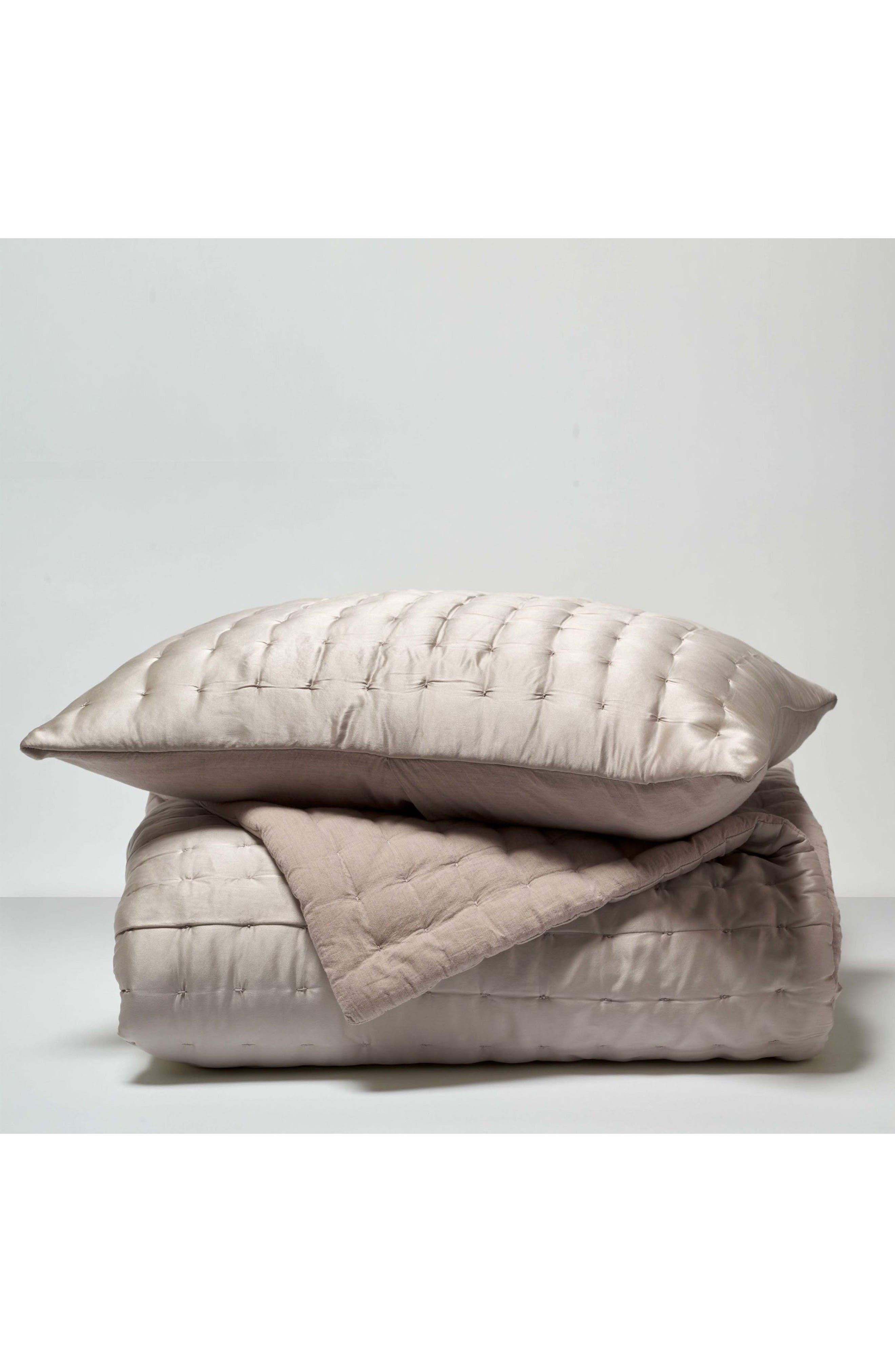 Portico Aesthete Silk Quilt