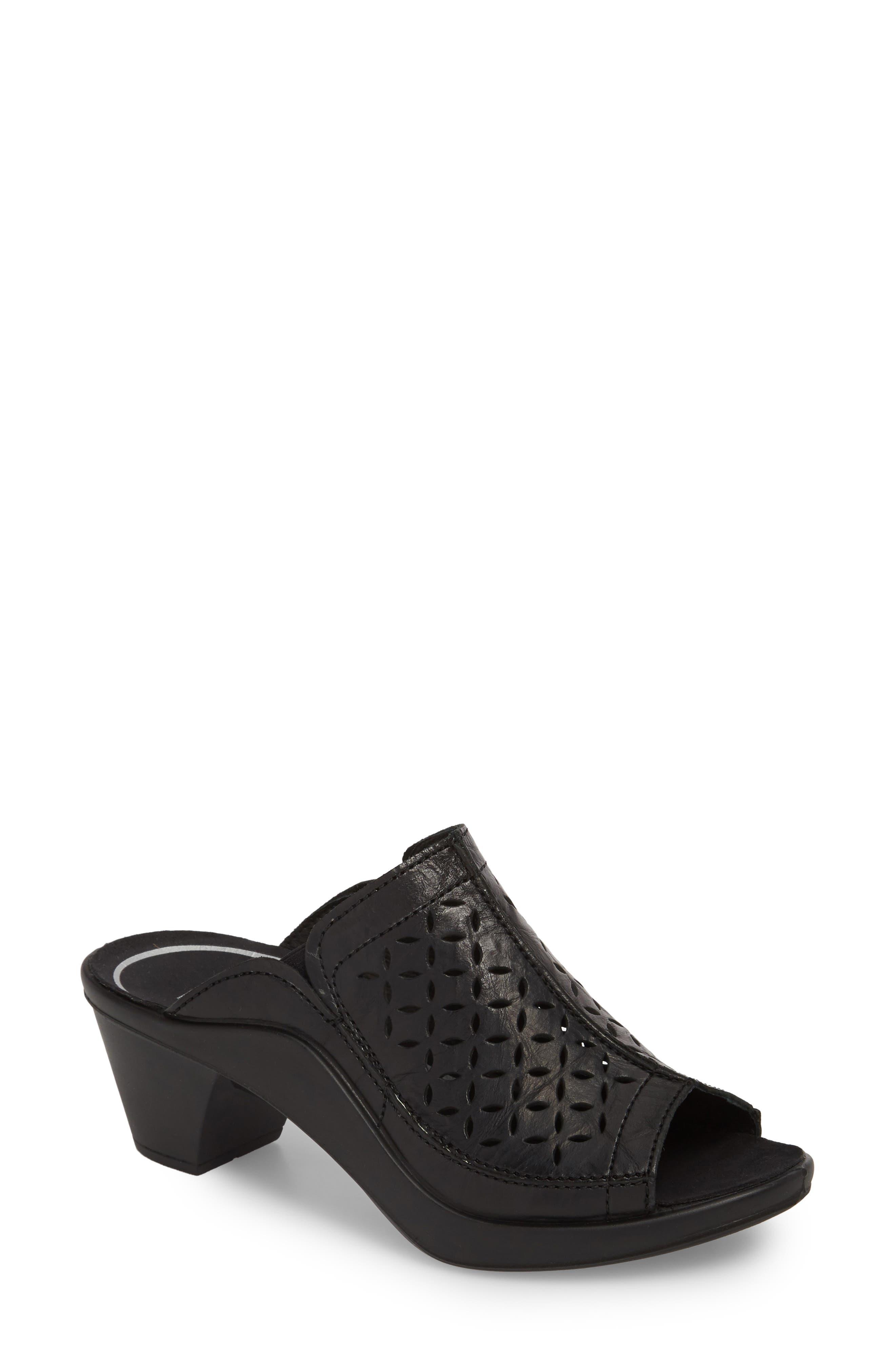 Mokassetta 326 Mule,                             Main thumbnail 1, color,                             Black Leather