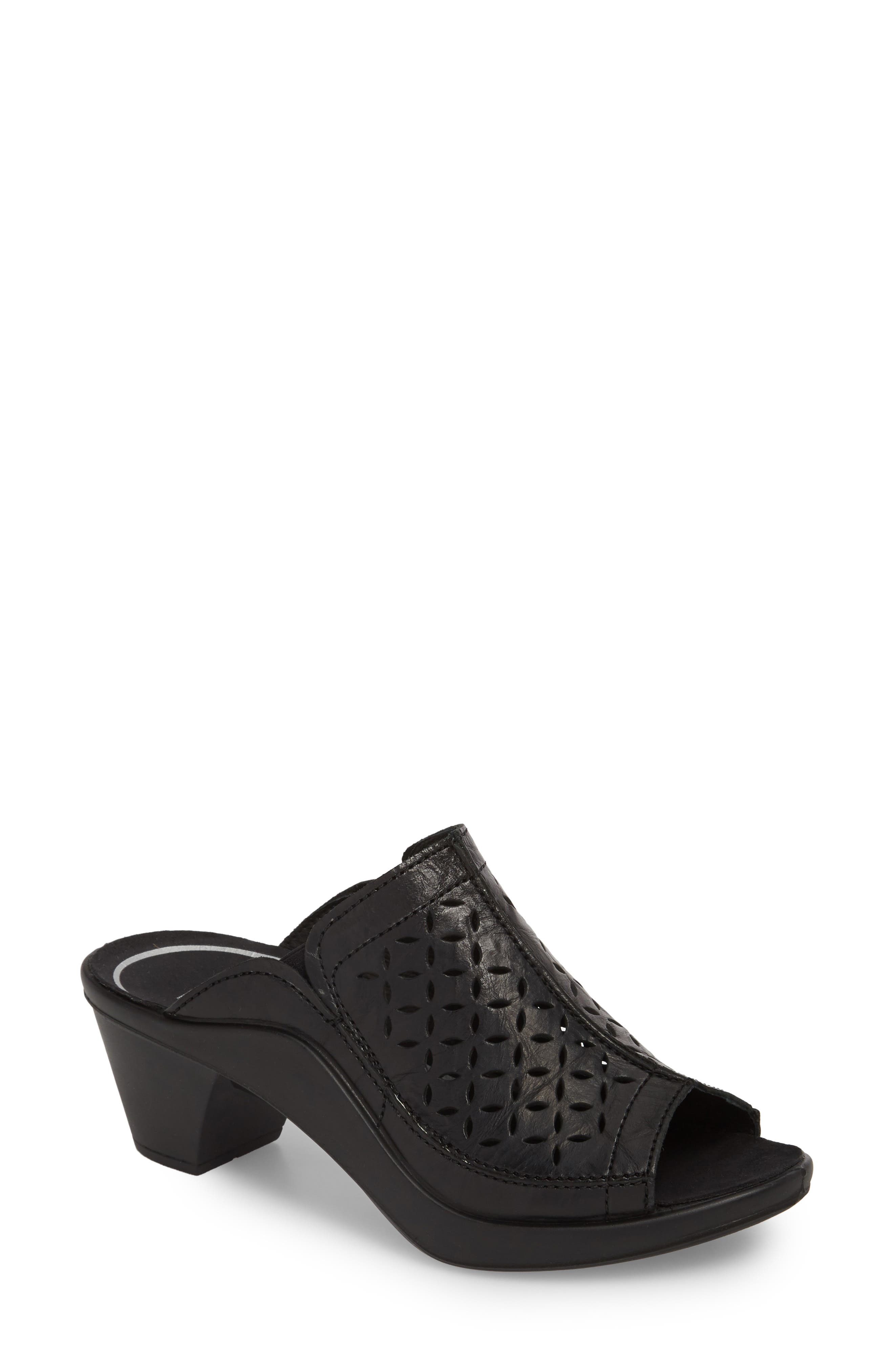Mokassetta 326 Mule,                         Main,                         color, Black Leather