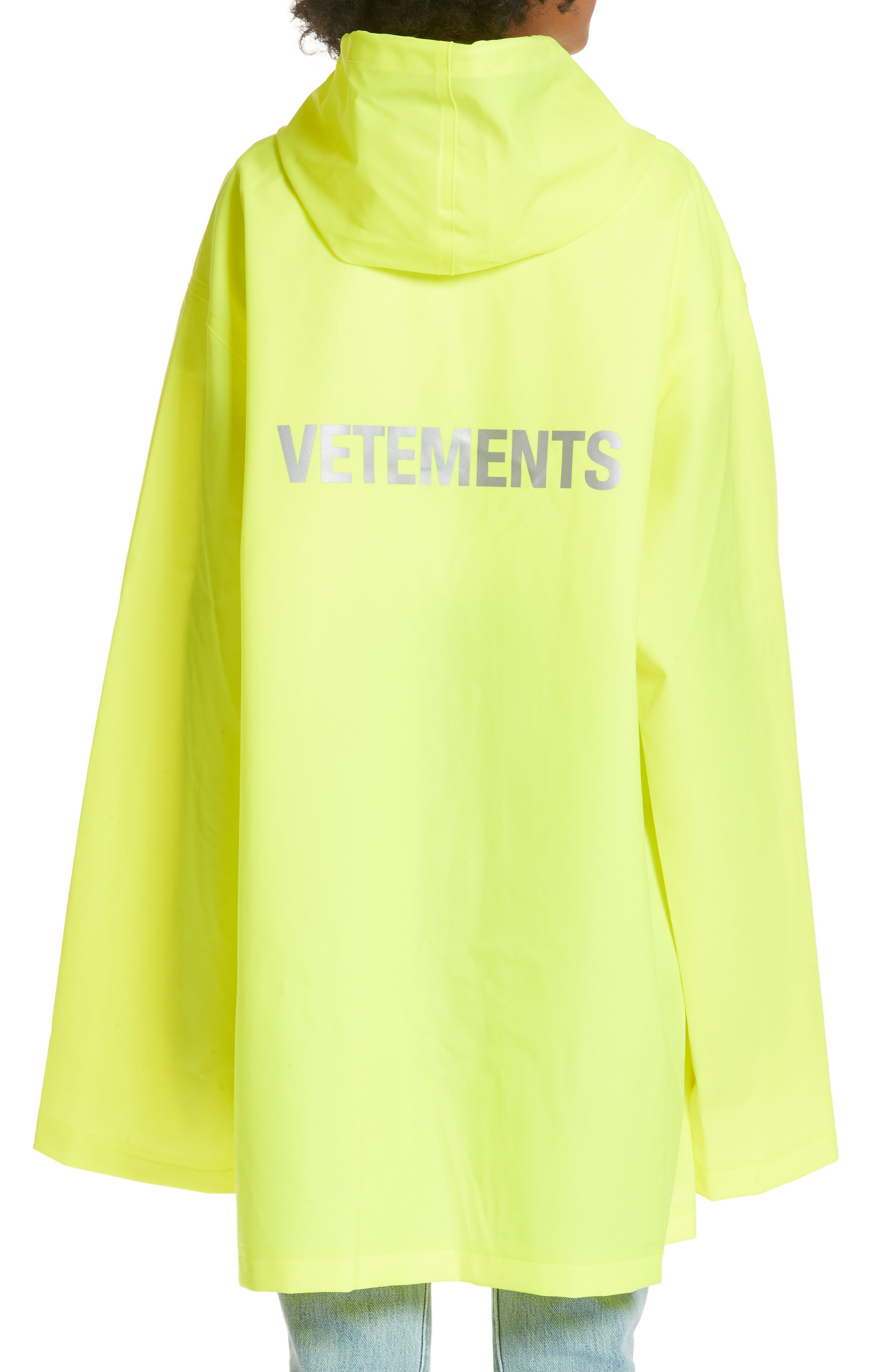 Alternate Image 2  - Vetements Short Logo Raincoat