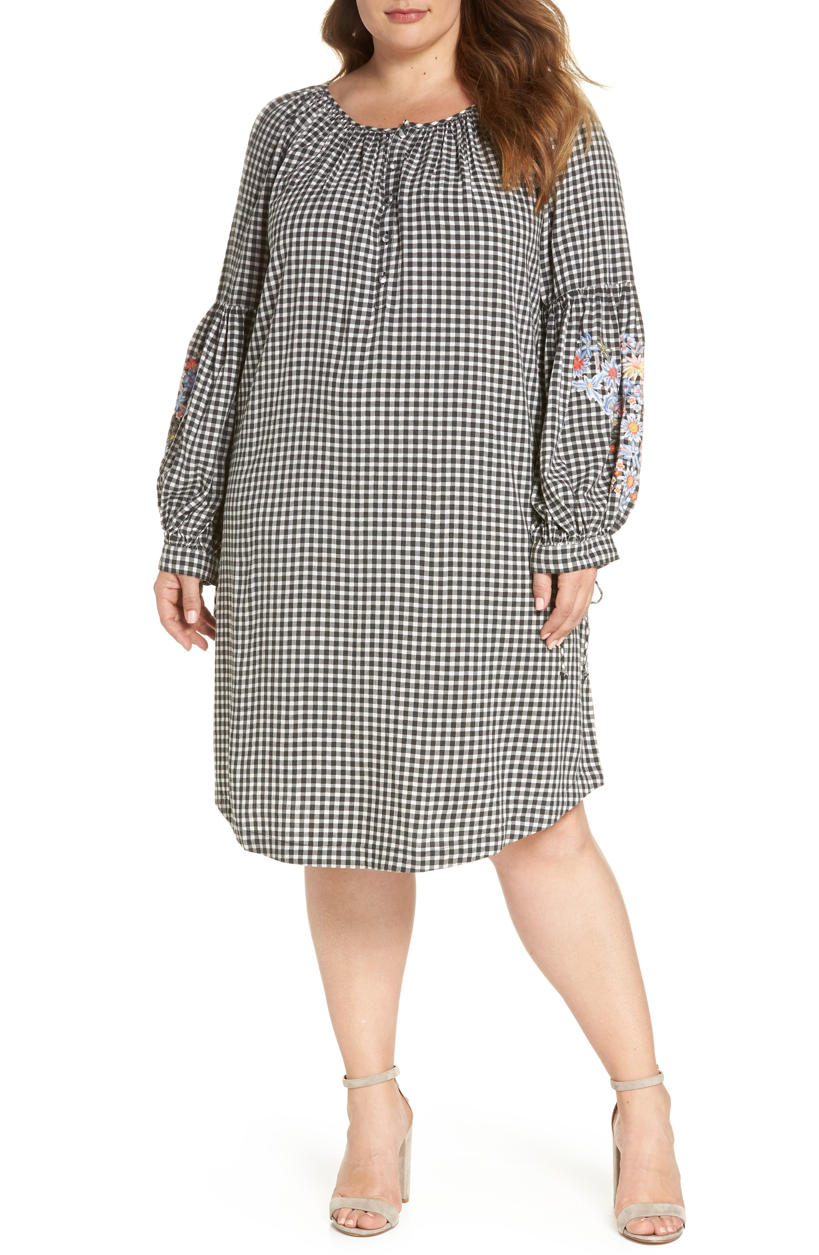 Main Image - Caslon® Embroidered Puff Sleeve Gingham Shift Dress (Plus Size)