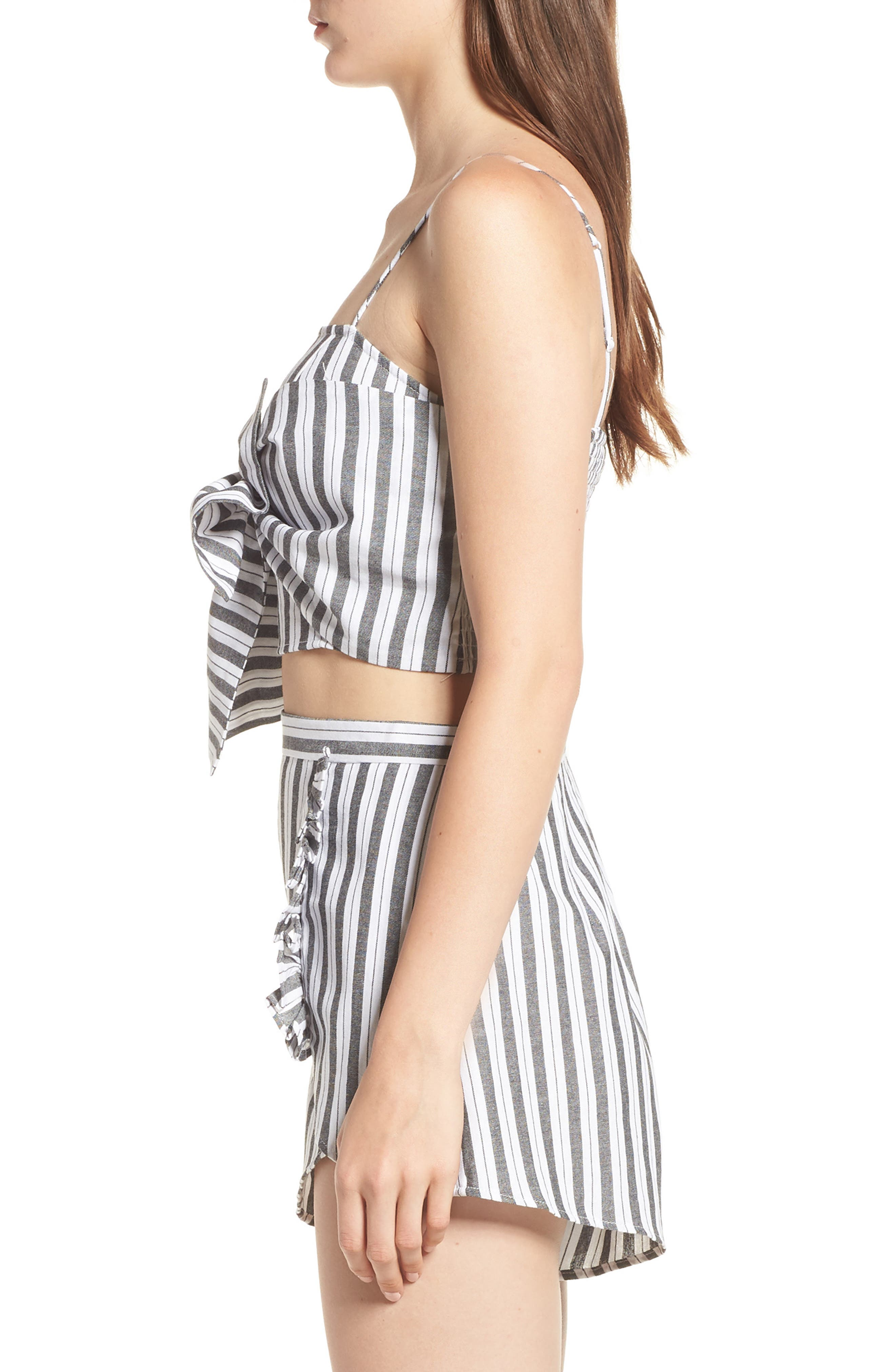 Acacia Stripe Knotted Crop Top,                             Alternate thumbnail 4, color,                             Black W White