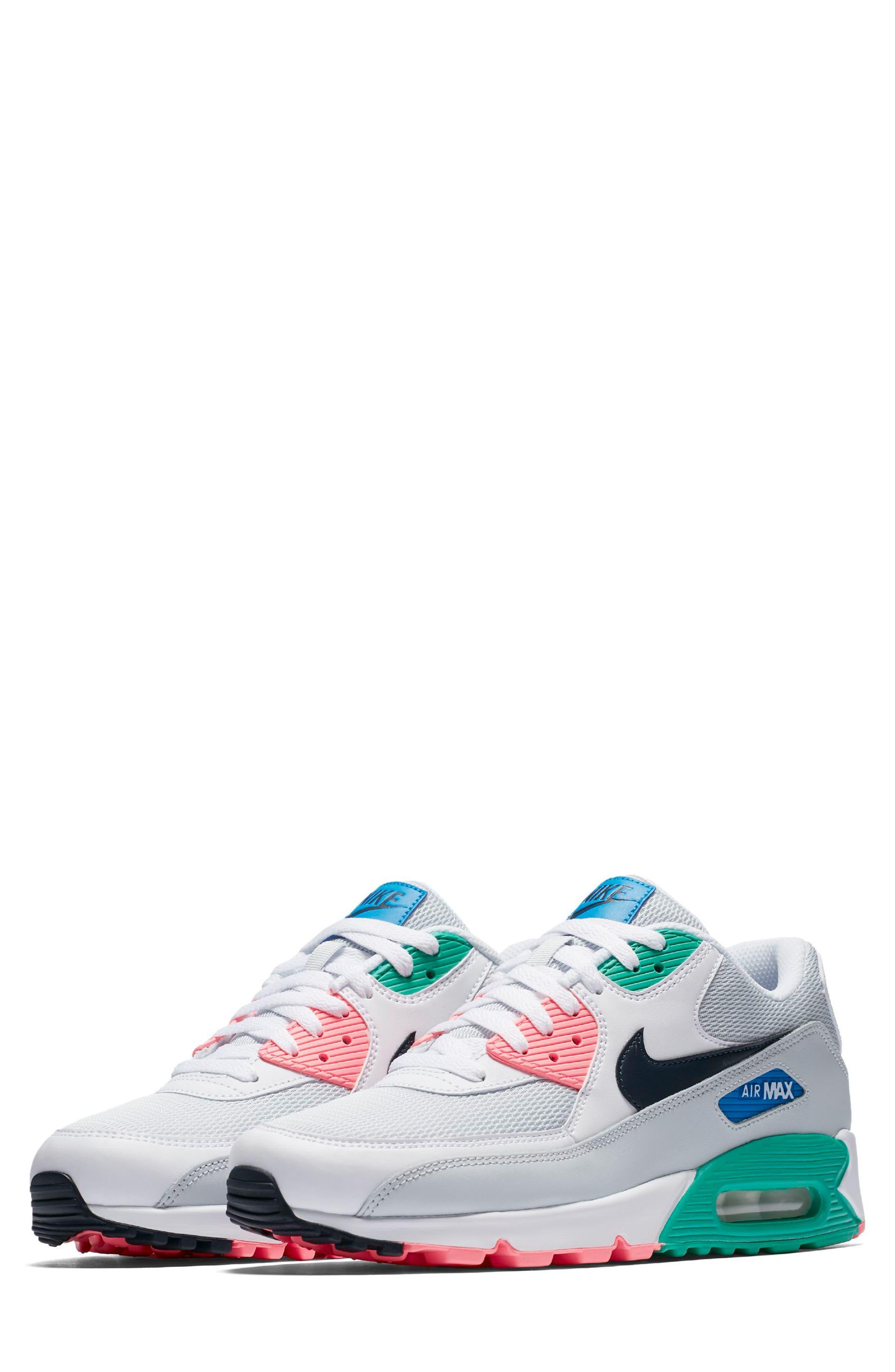 Nike Air Max 90 Essential Sneaker (Men)