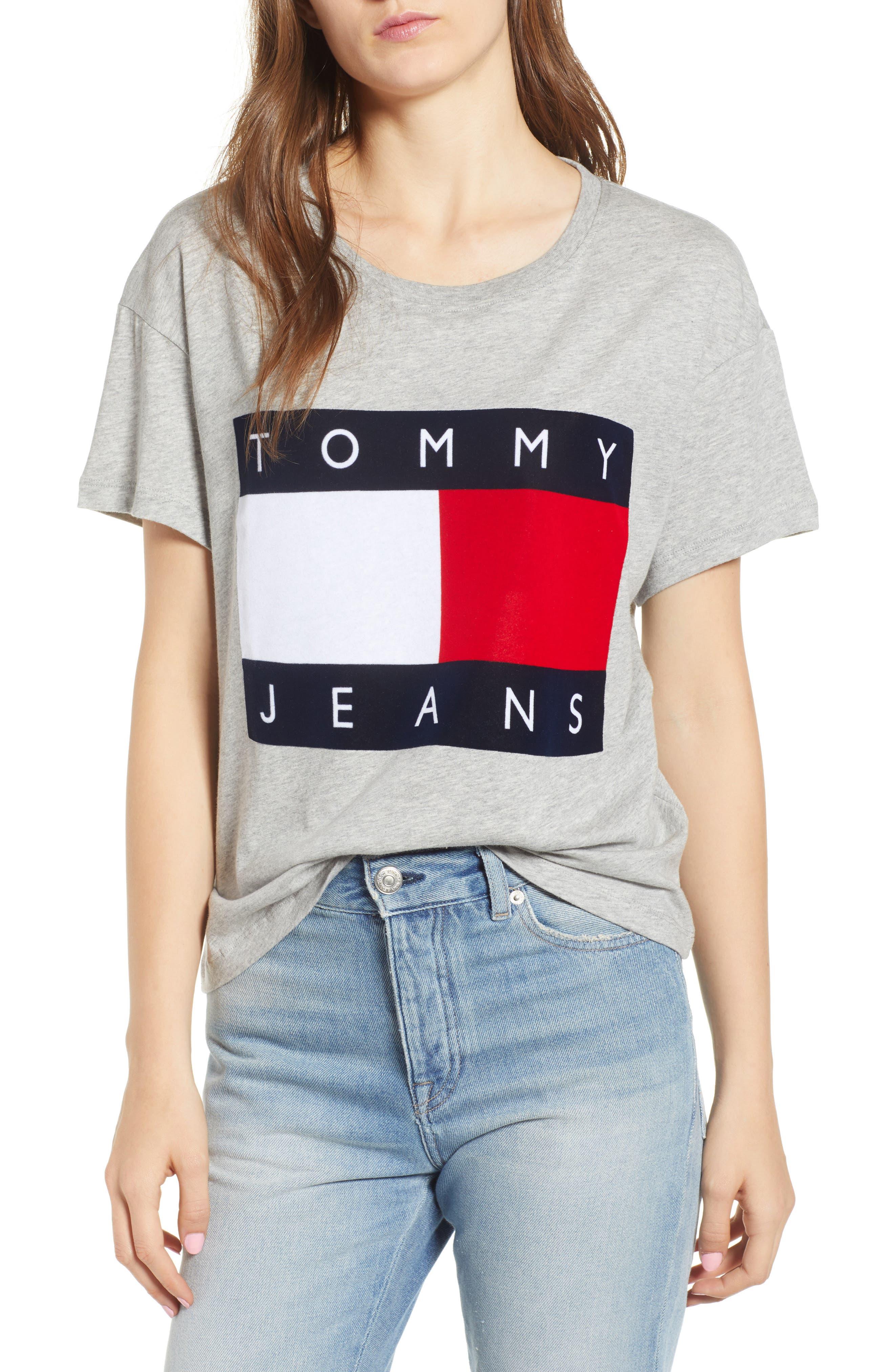 TOMMY JEANS Velvet Logo Tee