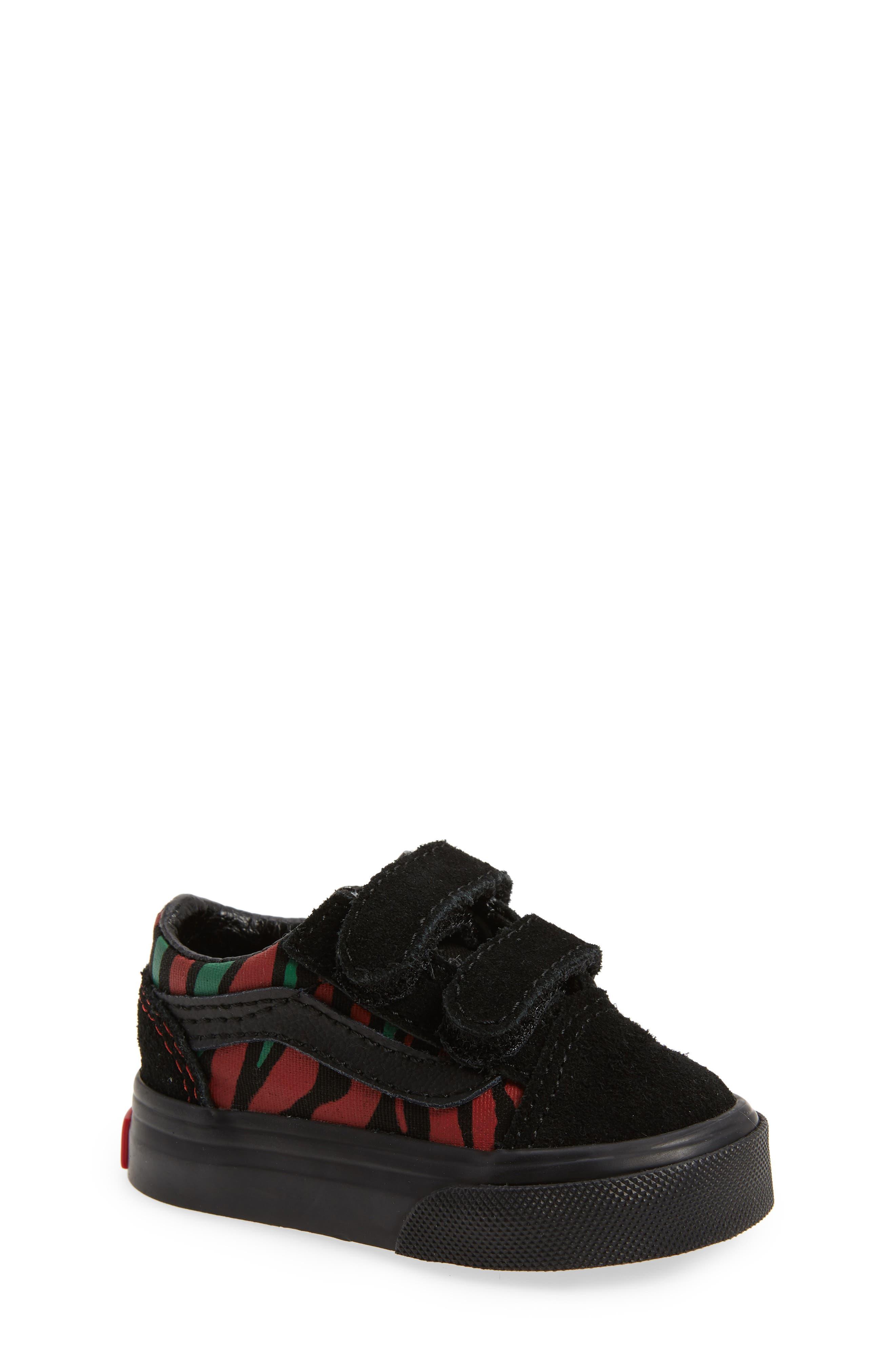 Old Skool V Sneaker,                             Main thumbnail 1, color,                             Black