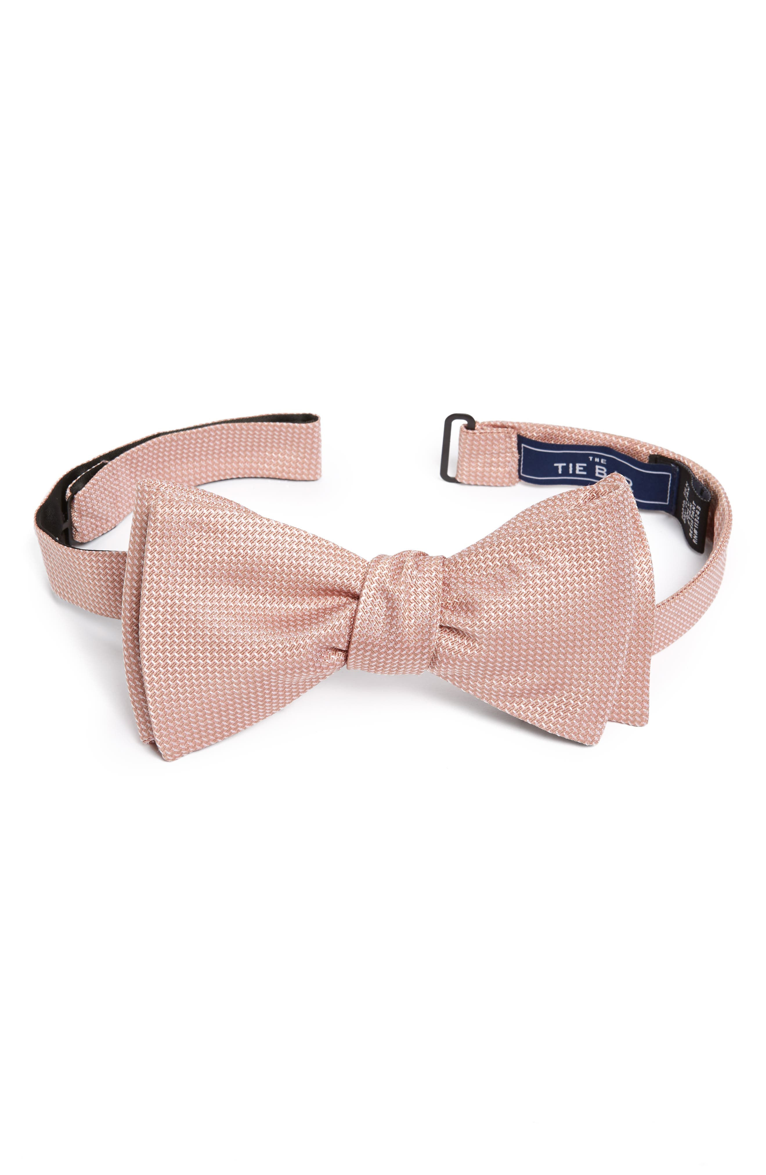 The Tie Bar Silk Bow Tie