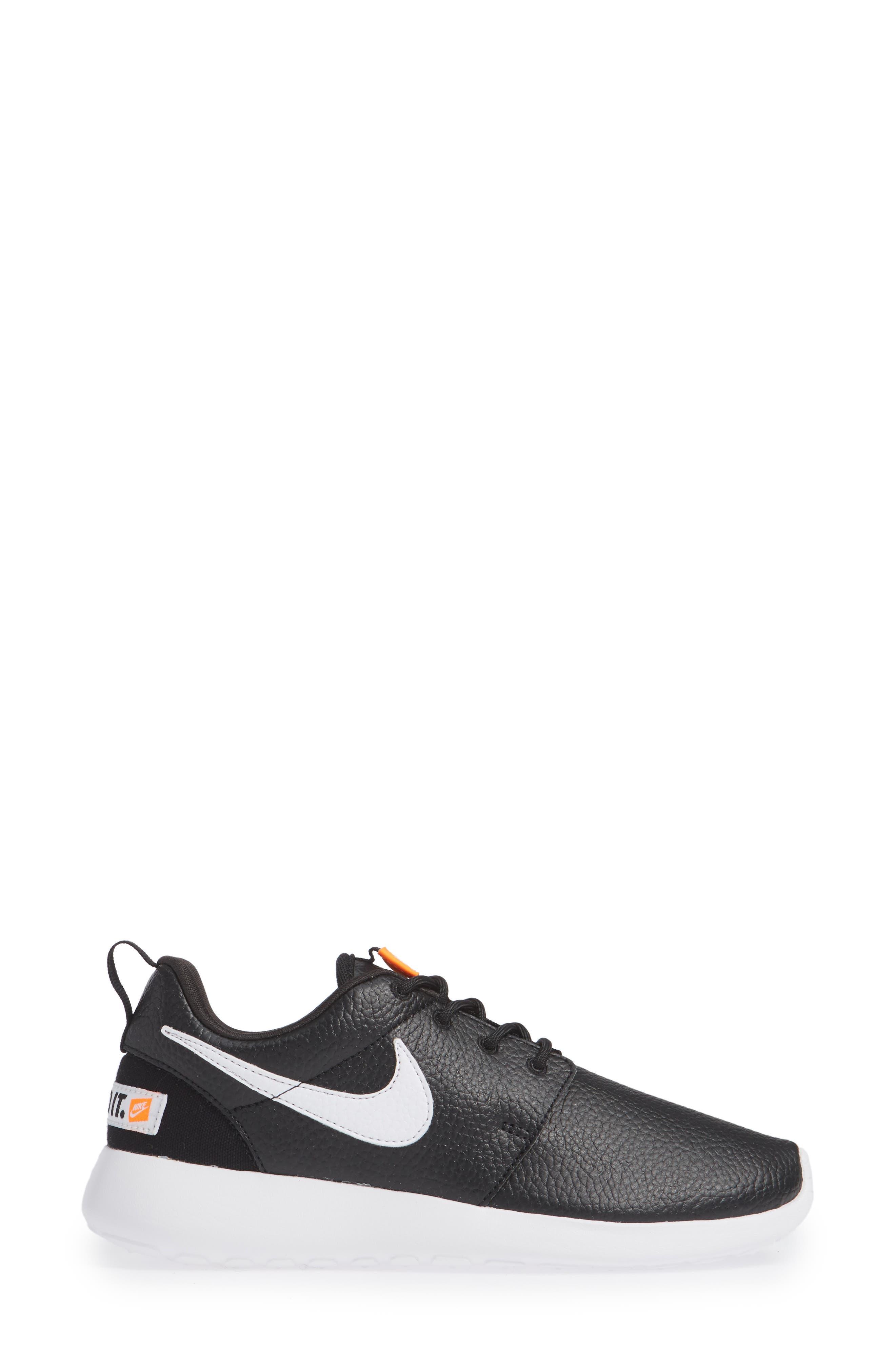 'Roshe Run' Print Sneaker,                             Alternate thumbnail 3, color,                             Black/ White/ Total Orange