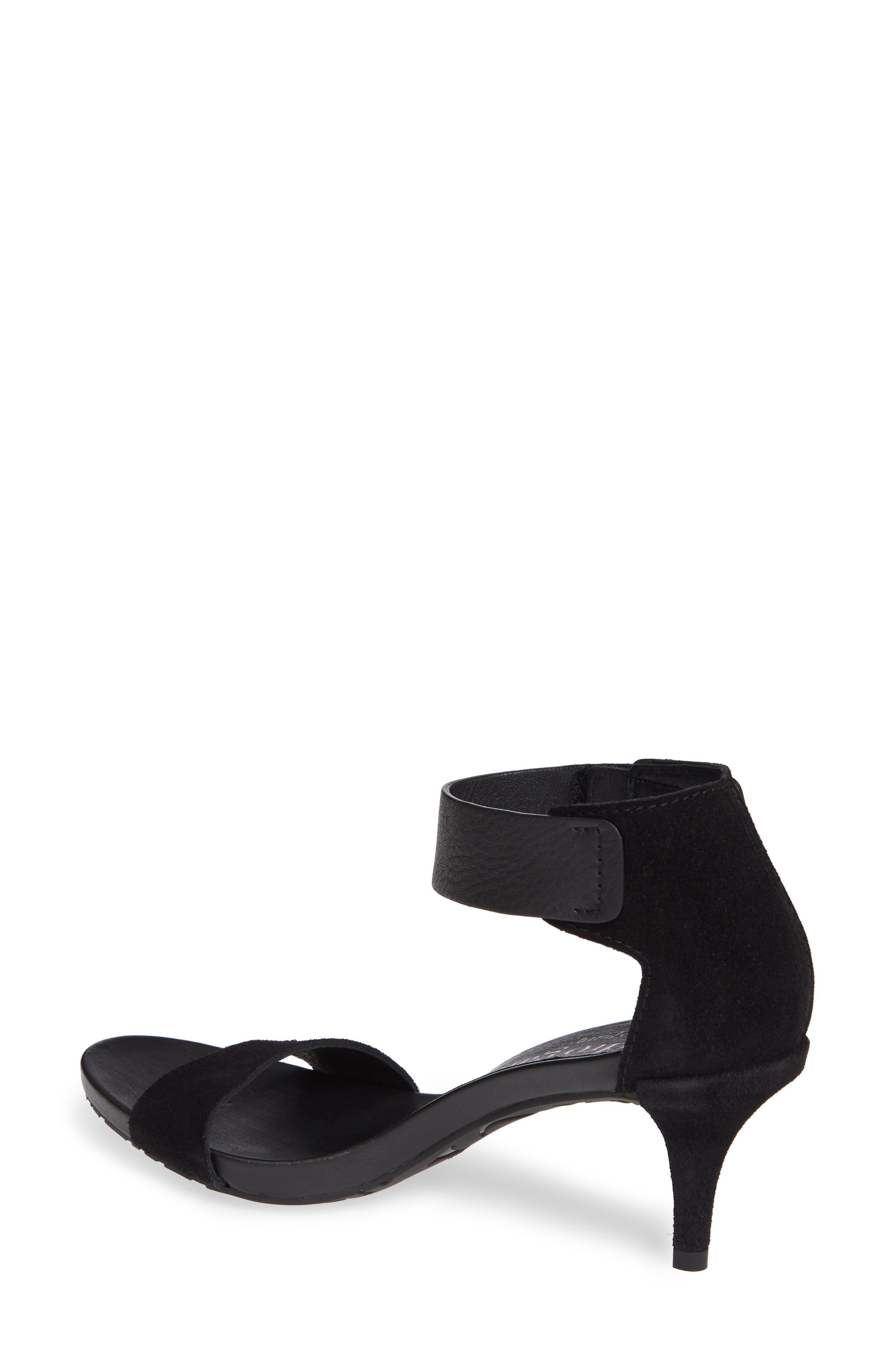 d0c109d5a544 Women s  300 –  500 Designer Shoes  Heels   Pumps