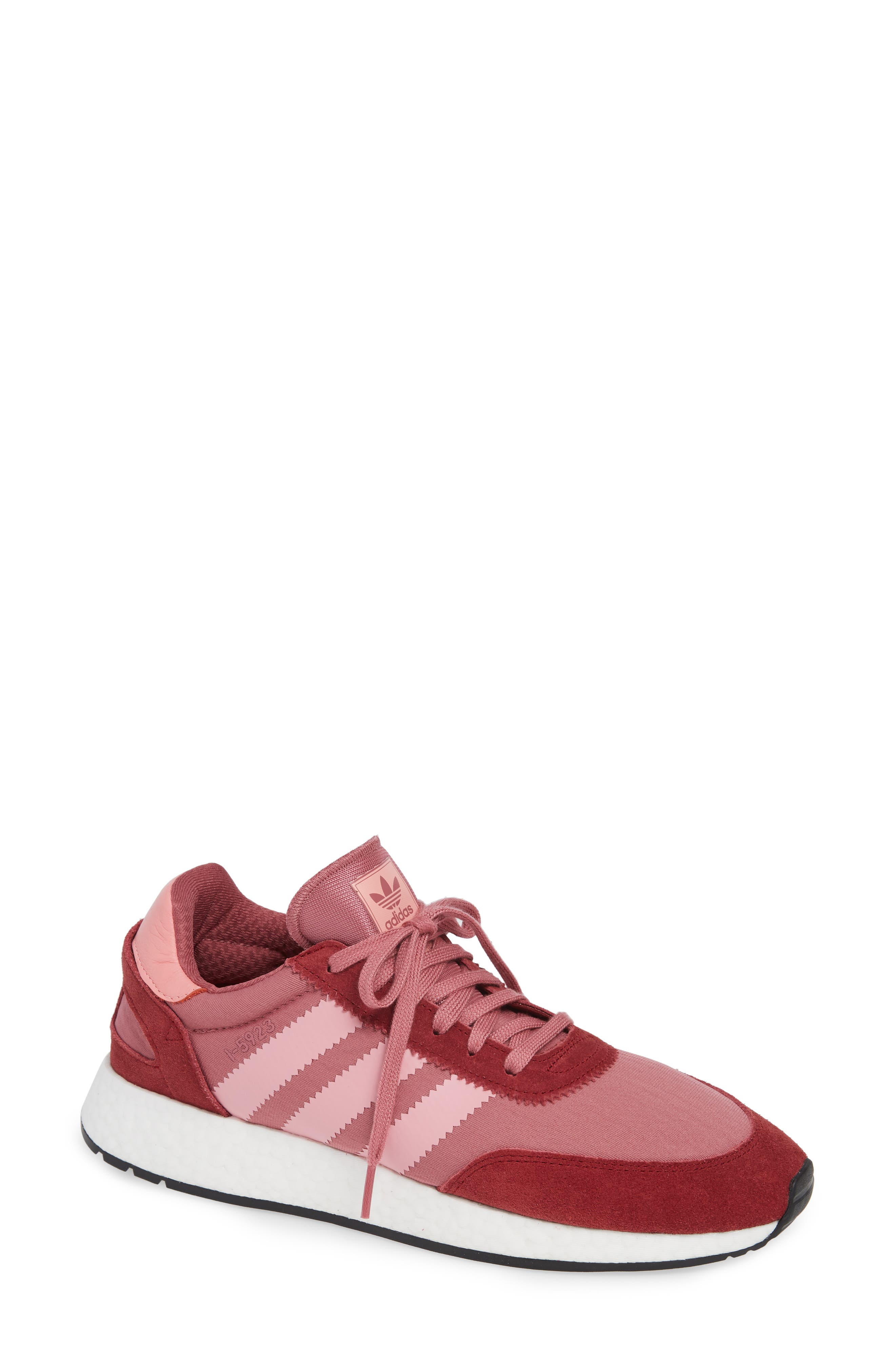 bde52bd6f7fc Sneakers adidas for Women  Clothing
