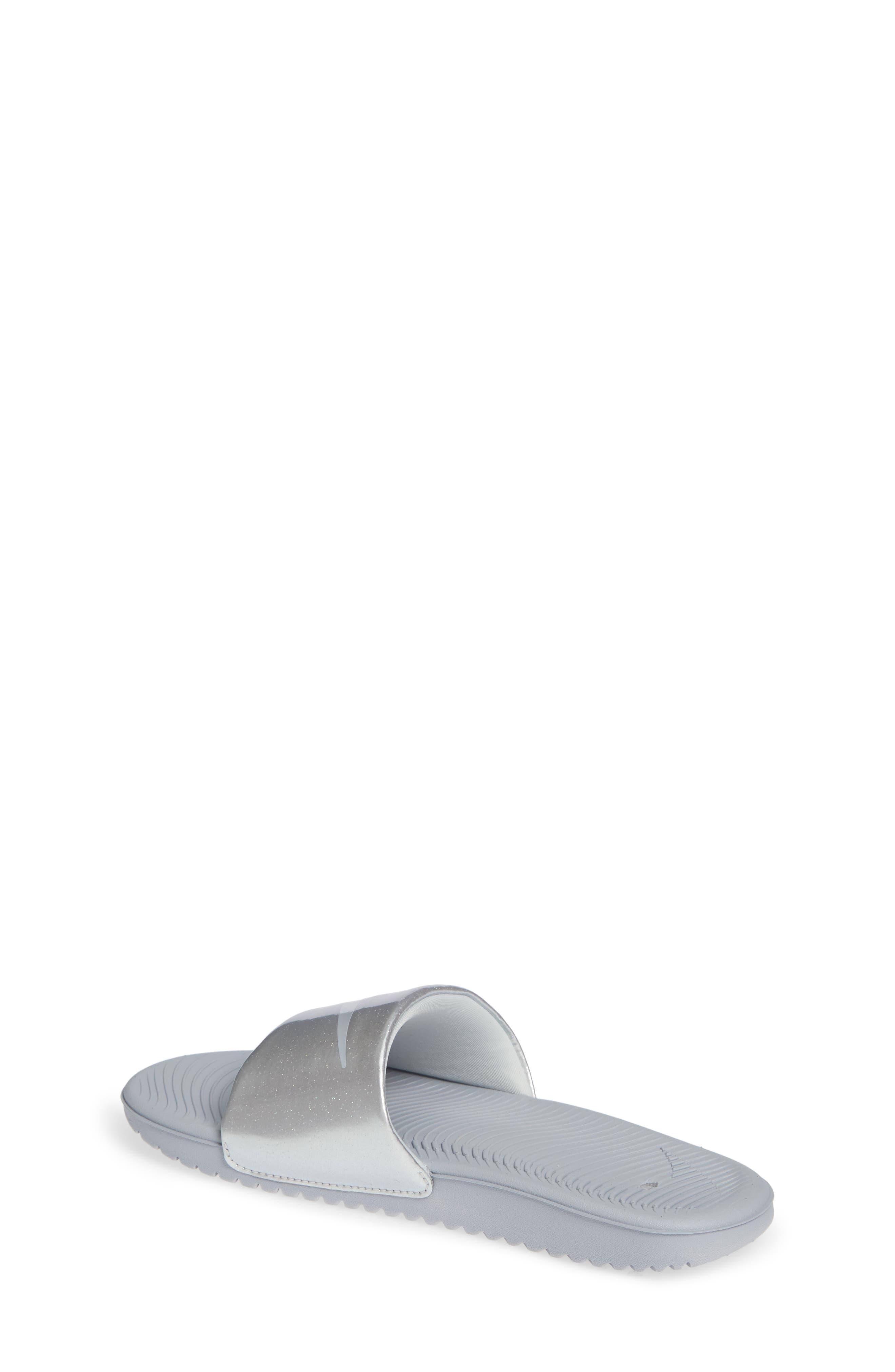 ec824710c40945 Girls  Nike Sandals   Flip-Flops