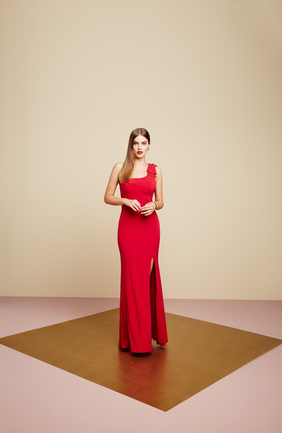 Alternate Image 8  - Way-In 'Kelly' One-Shoulder Gown