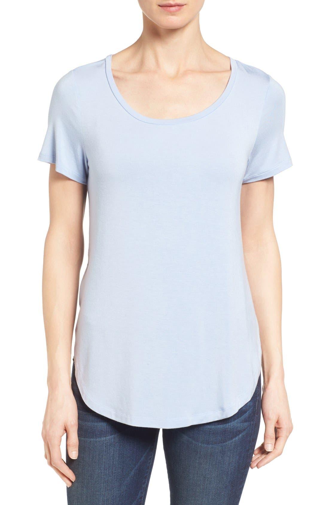 Alternate Image 1 Selected - Halogen® Short Sleeve Shirttail Tee (Regular & Petite)
