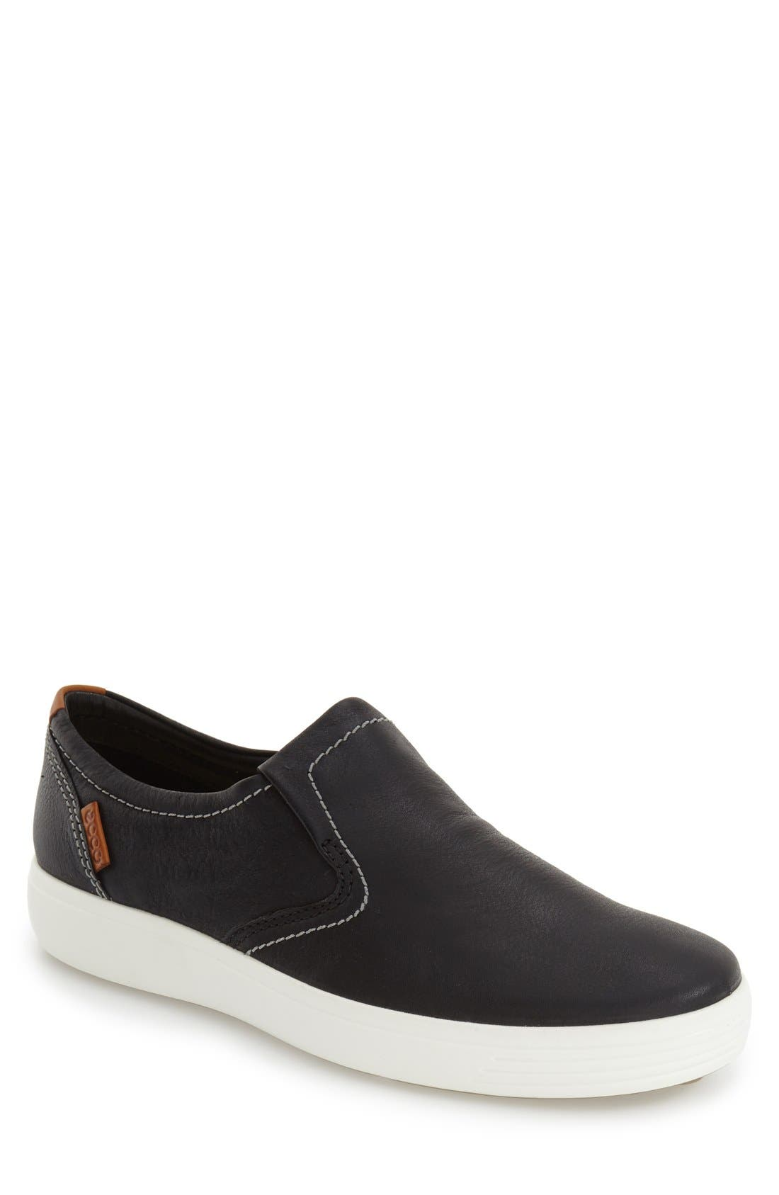 Alternate Image 1 Selected - ECCO 'Soft 7' Slip-On (Men)