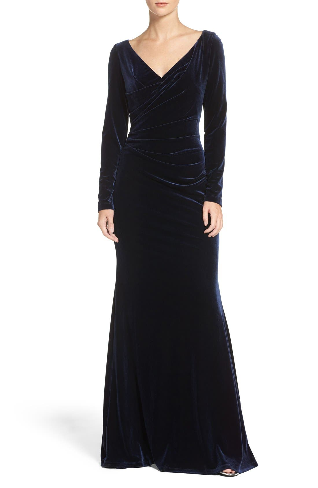 Alternate Image 1 Selected - Vince Camuto Velvet Gown (Regular & Petite)