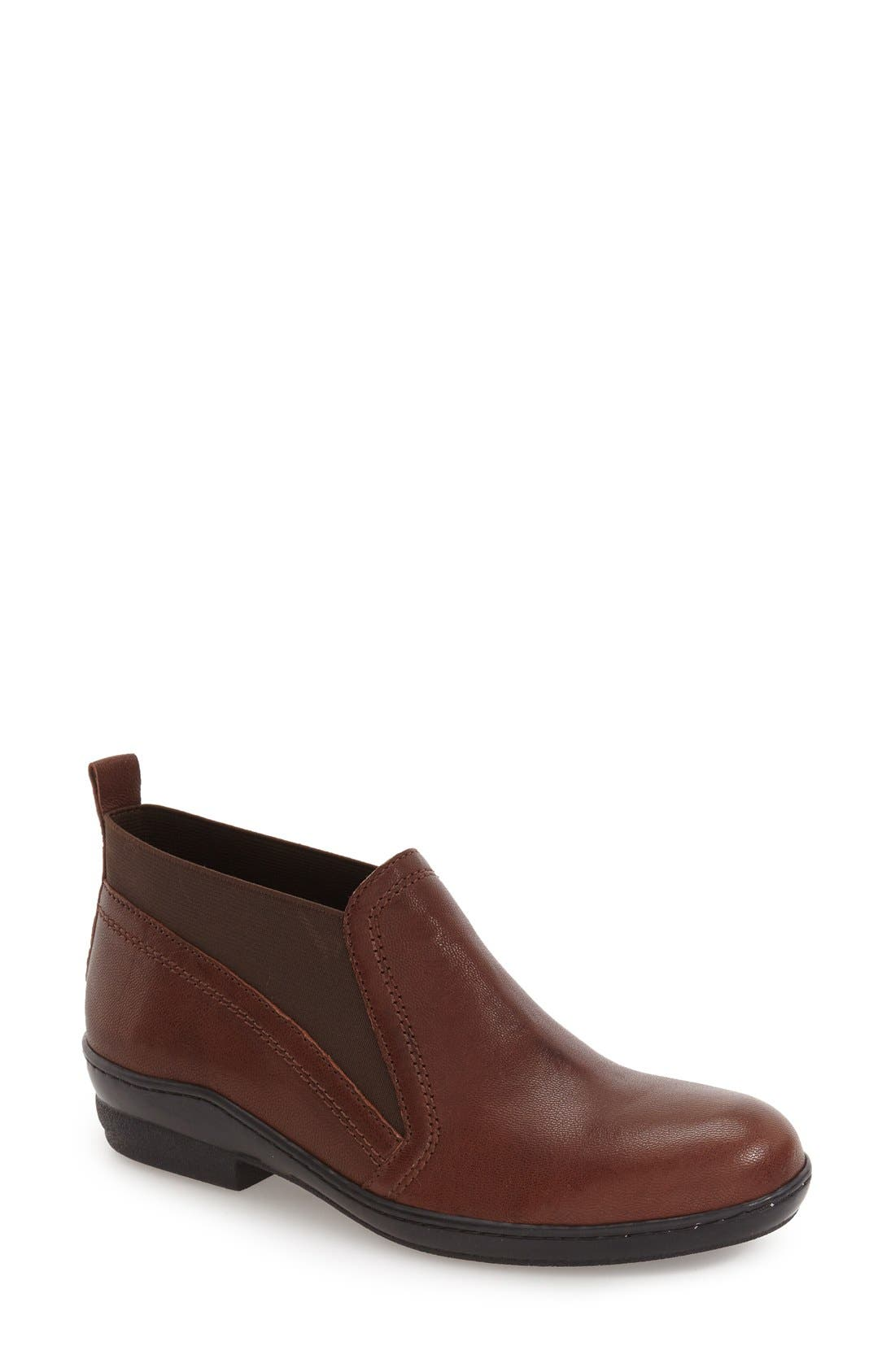Main Image - David Tate 'Naya' Chelsea Boot (Women)