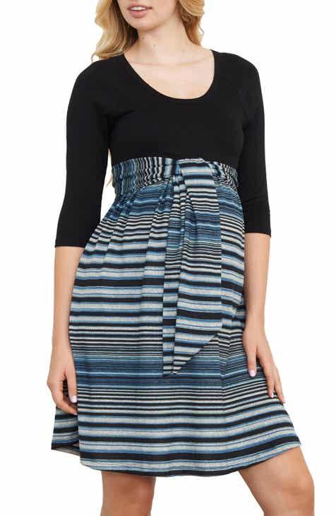 Maternal America Scoop Neck Maternity Dress by MATERNAL AMERICA