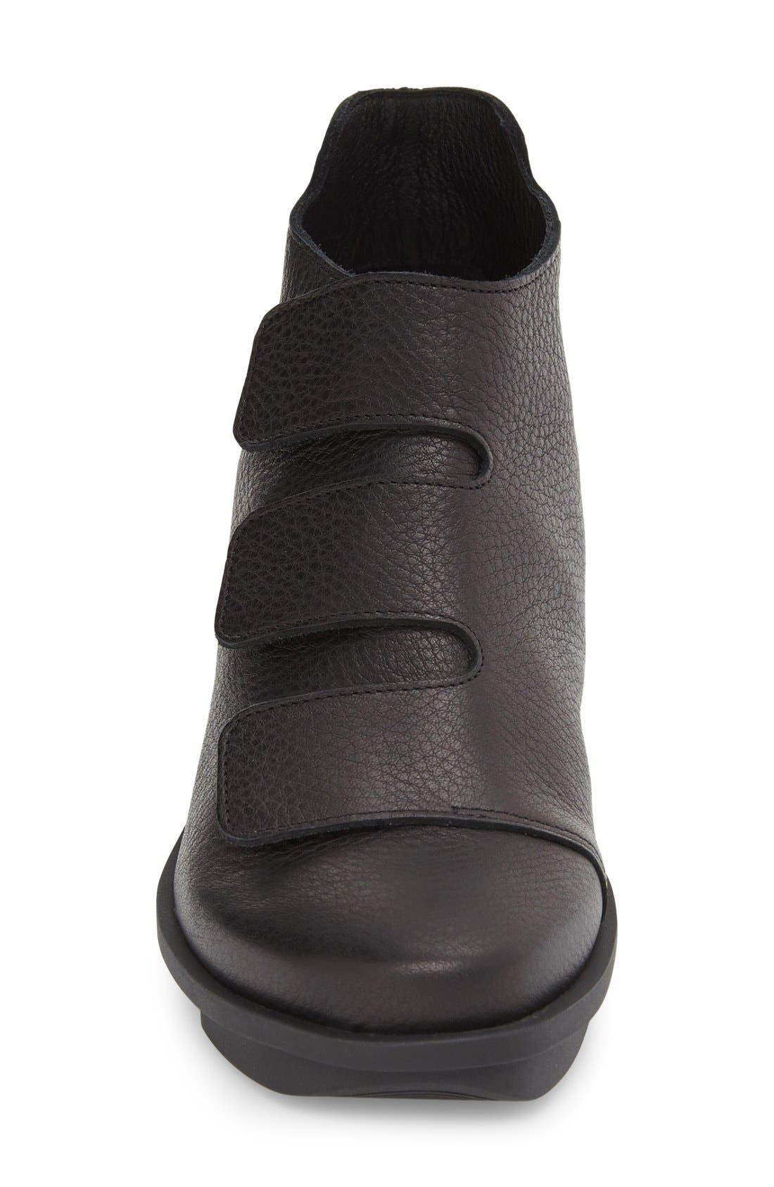 'Skapa' Sneaker,                             Alternate thumbnail 3, color,                             Noir Leather
