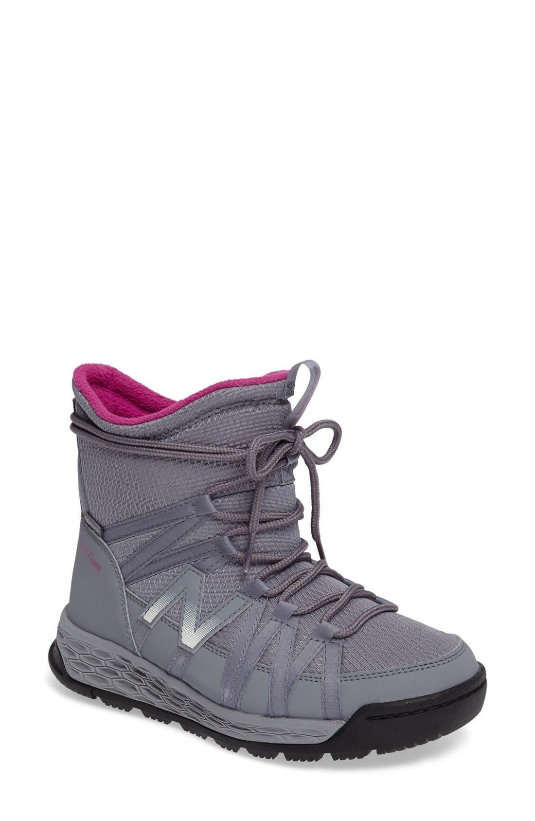 womens new balance boots