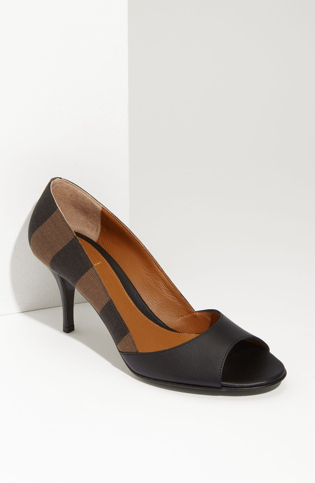 Main Image - Fendi 'Pequin' Pump