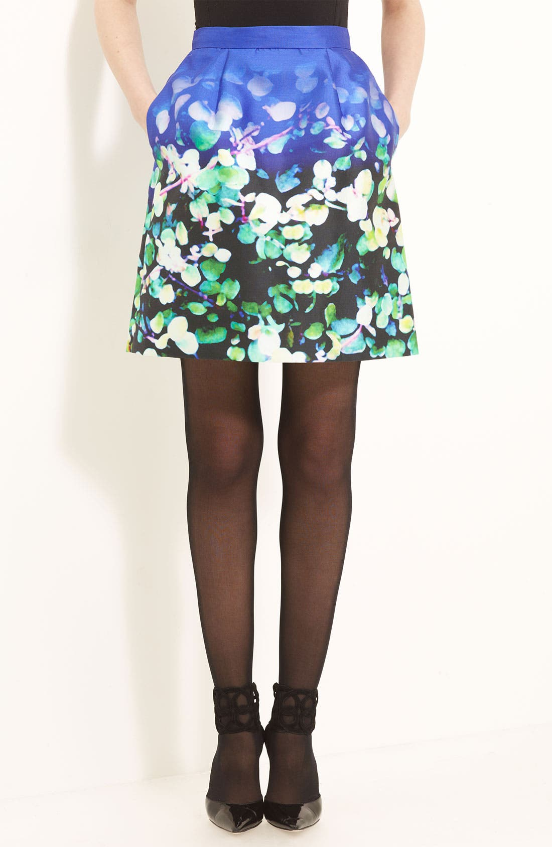Alternate Image 1 Selected - Oscar de la Renta Leaf Print Silk & Cotton Skirt