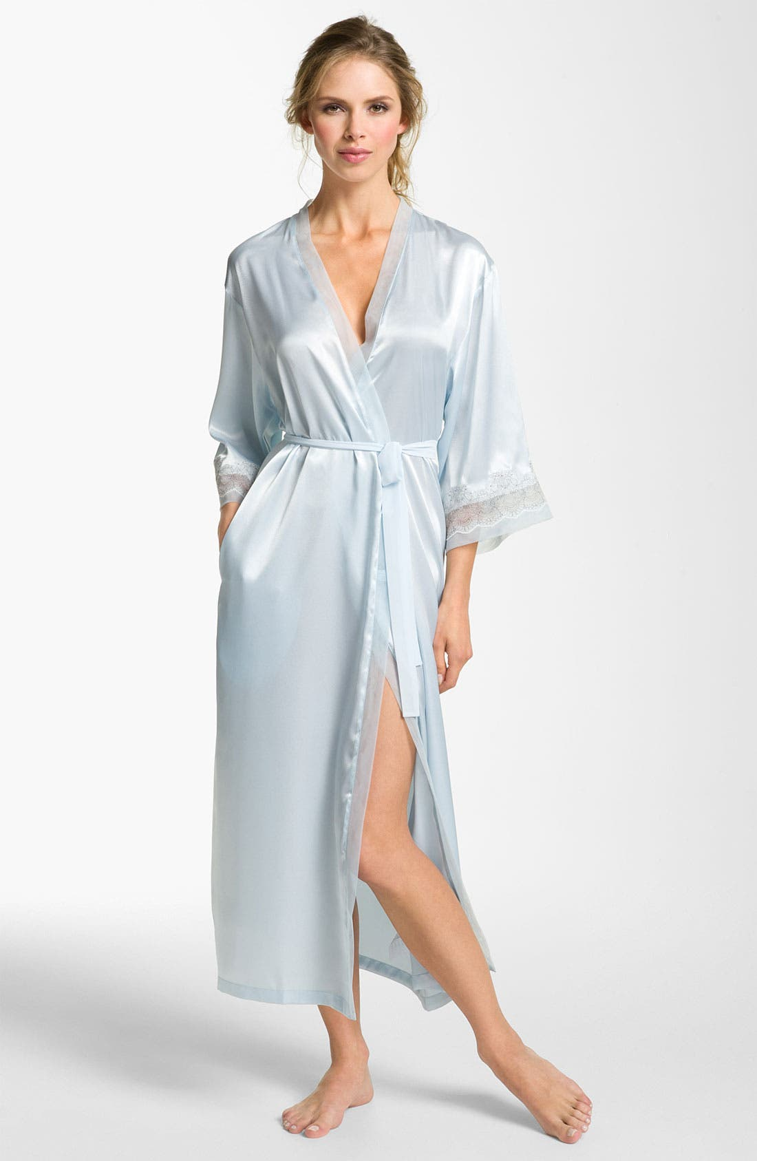 Alternate Image 1 Selected - Oscar de la Renta Sleepwear 'Elegant' Satin Robe