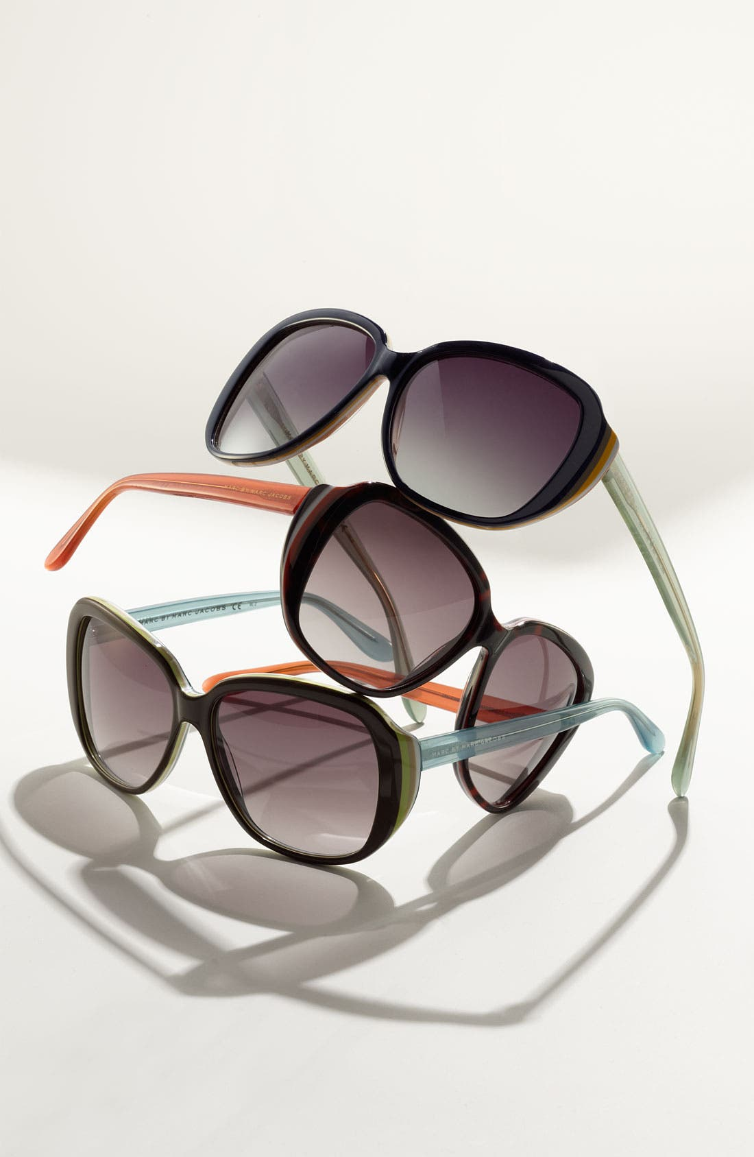 Alternate Image 2  - MARC BY MARC JACOBS 'Classic' Sunglasses