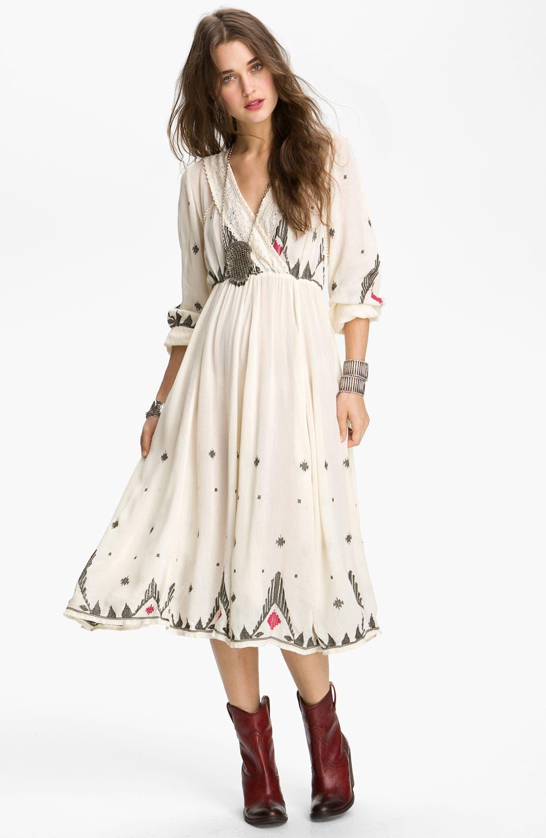 Main Image - Free People 'Splendor' Embroidered Peasant Dress