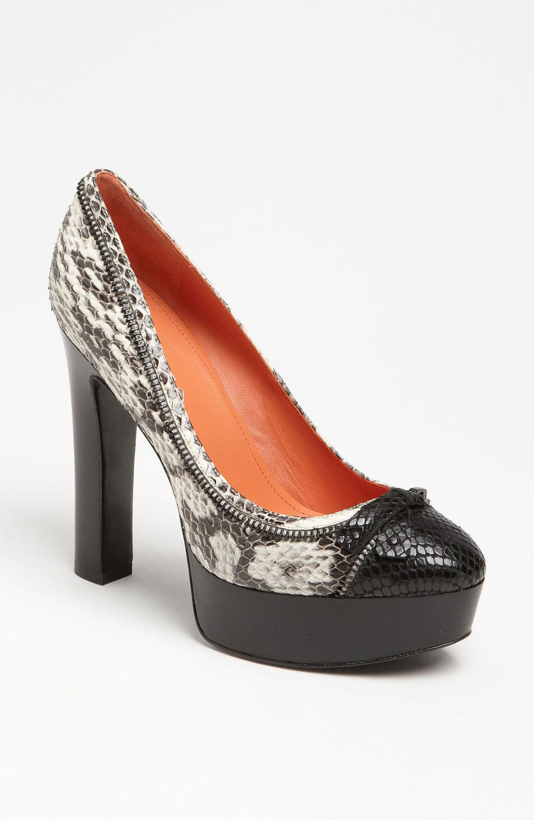 Alternate Image 1 Selected - Via Spiga 'Jennifer' Pump