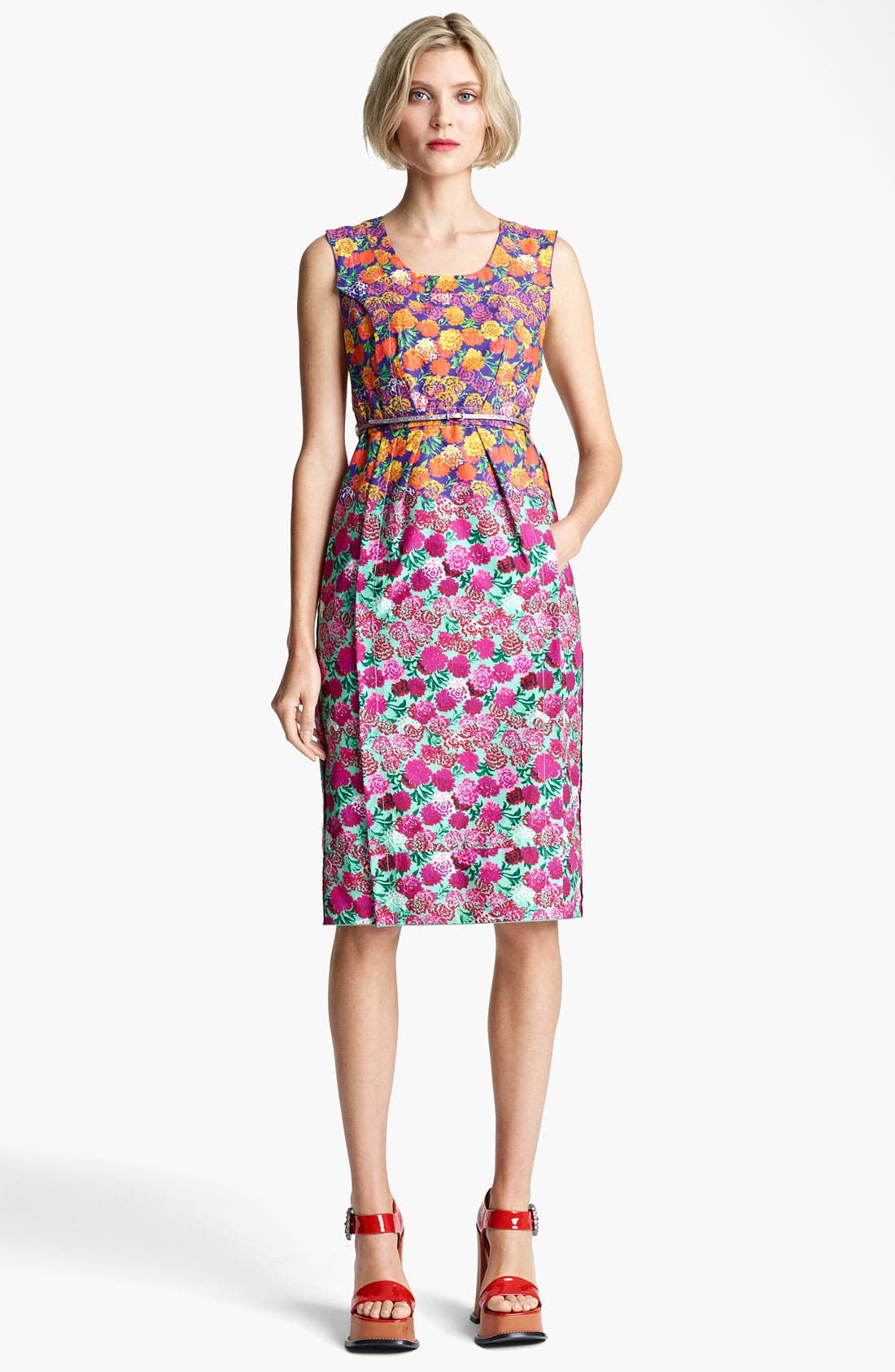 Alternate Image 1 Selected - MARC JACOBS Bicolor Flower Print Dress
