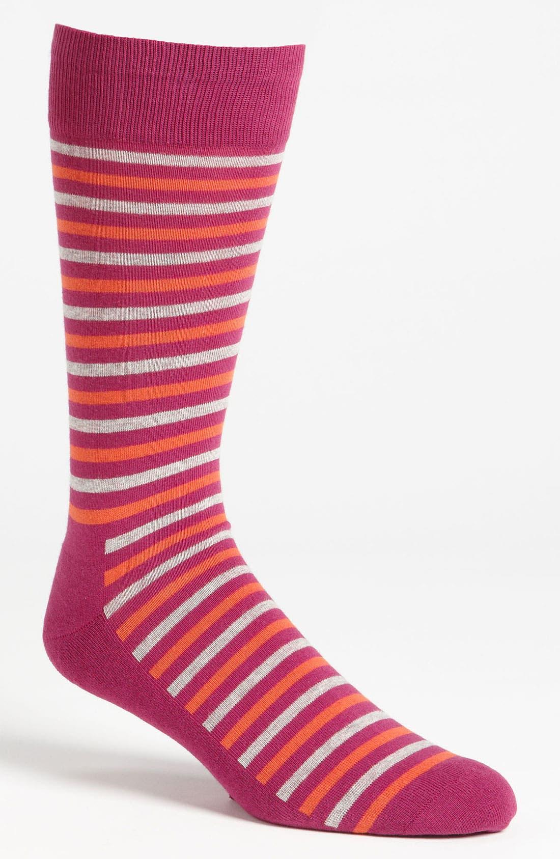 Main Image - Vince Camuto 'Bold Stripes' Socks