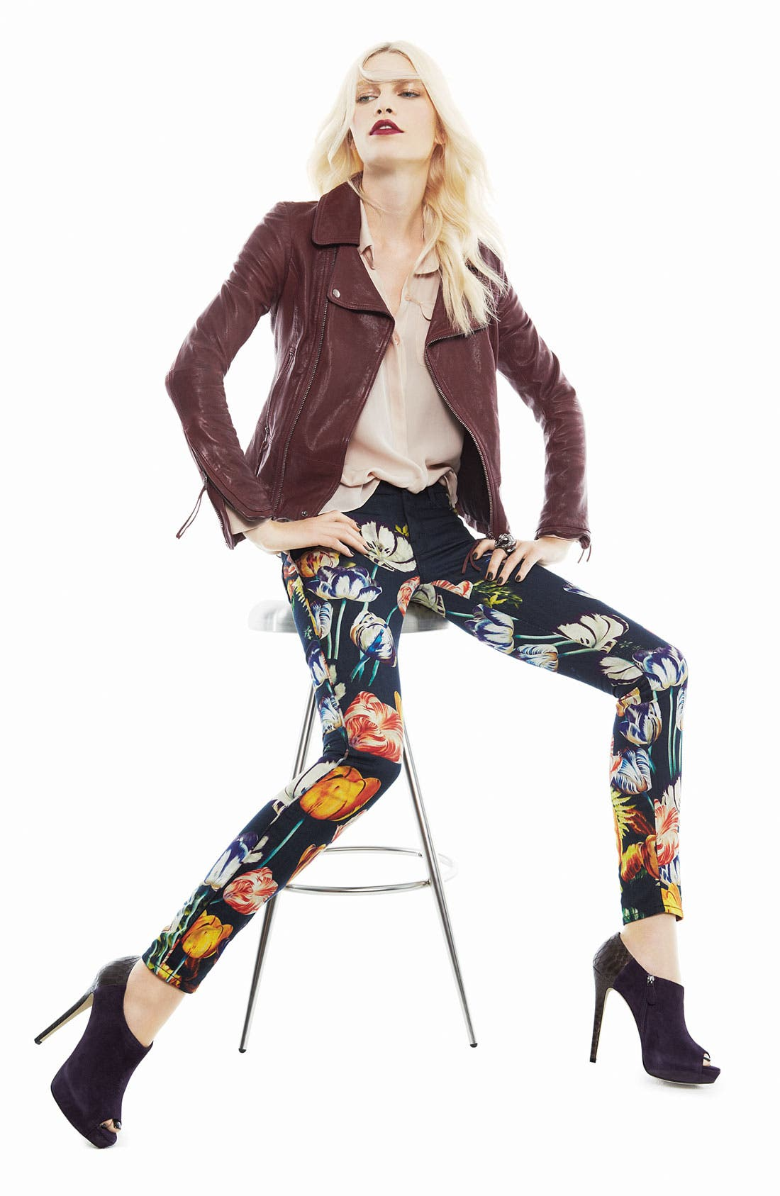 Alternate Image 6  - MOTHER 'The Looker' Print Skinny Jeans (Kissed Me Floral)