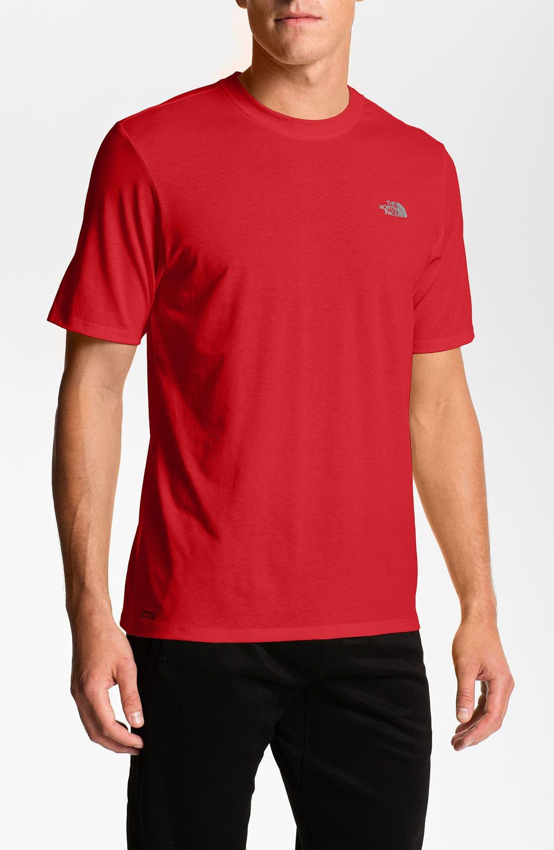 Main Image - The North Face 'Reaxion' VaporWick® Crewneck Shirt