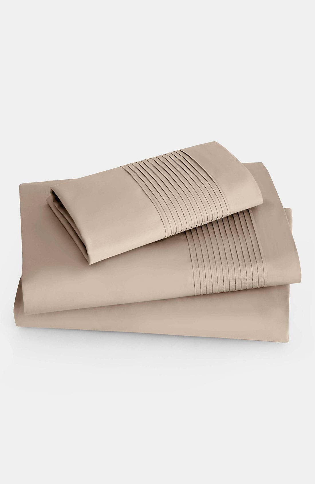Alternate Image 1 Selected - Donna Karan 'Modern Classics - The Tailored Pleat' 400 Thread Count Fitted Sheet (Online Only)