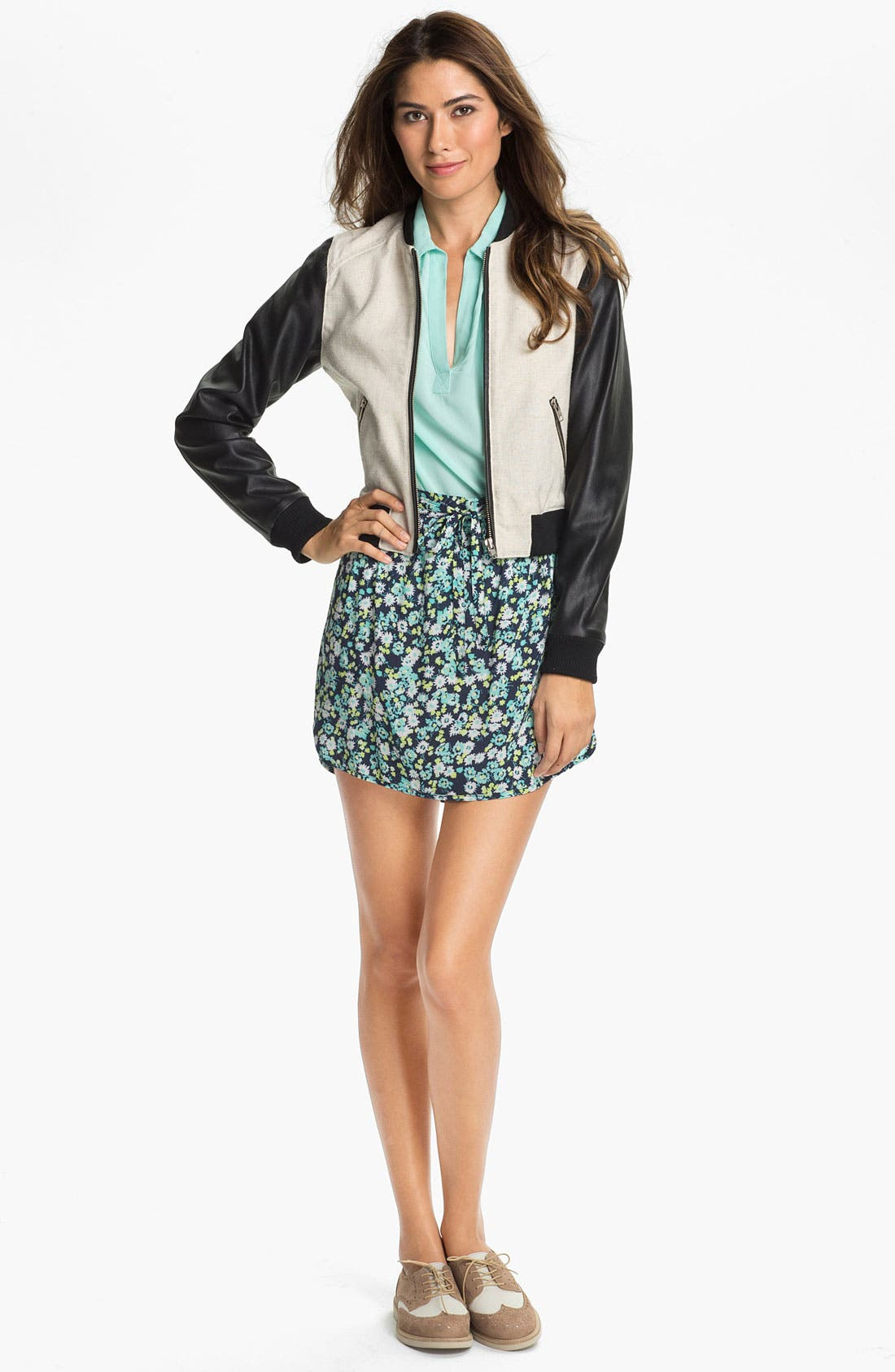 Alternate Image 1 Selected - Two by Vince Camuto Print Miniskirt