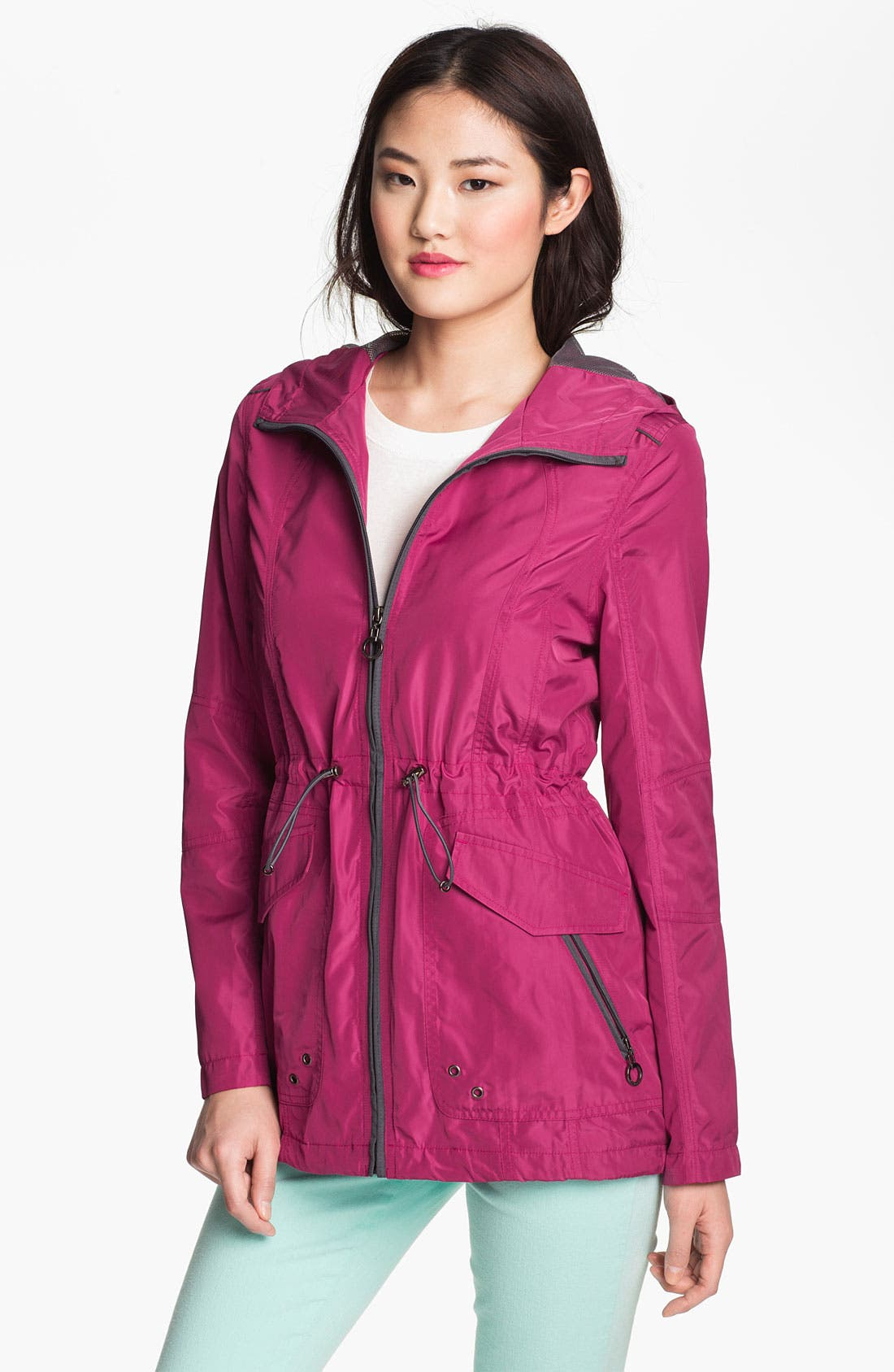 Main Image - Weatherproof® Roll Sleeve Anorak (Online Only)