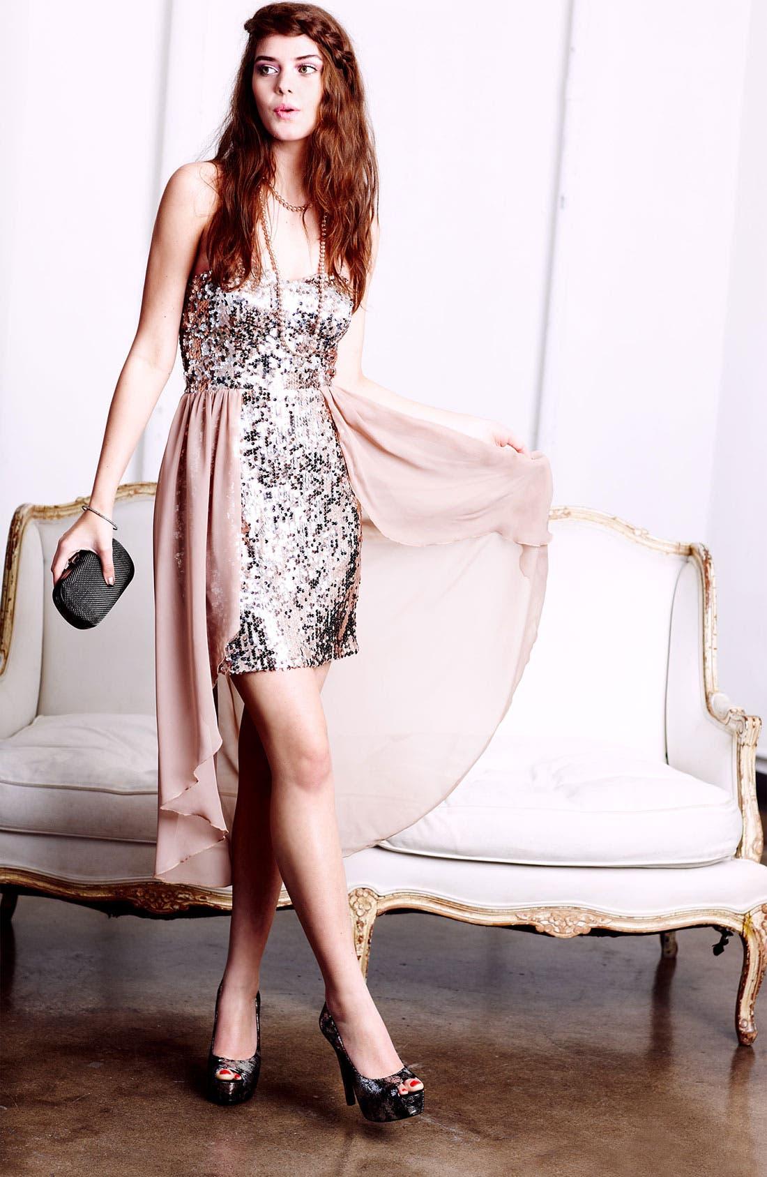 Alternate Image 4  - Way-In Sequin Chiffon Overlay Dress (Juniors)