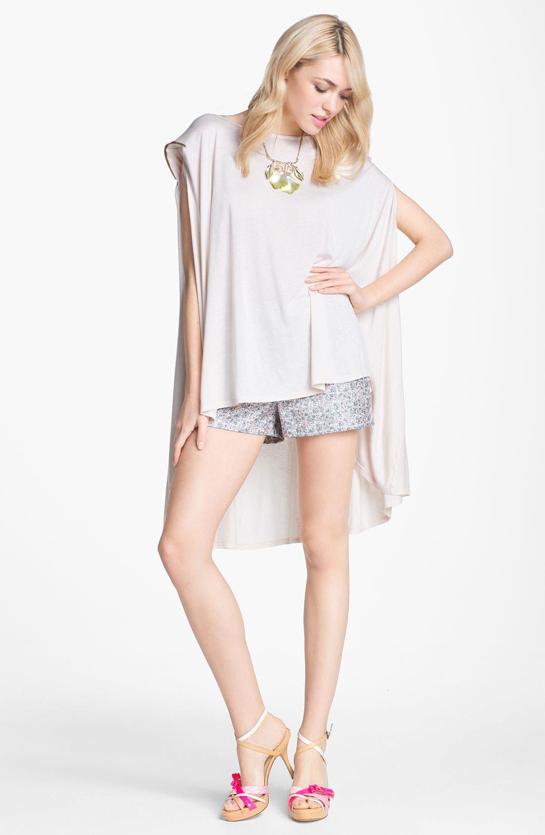 Main Image - ASTR High Waist Floral Jacquard Shorts