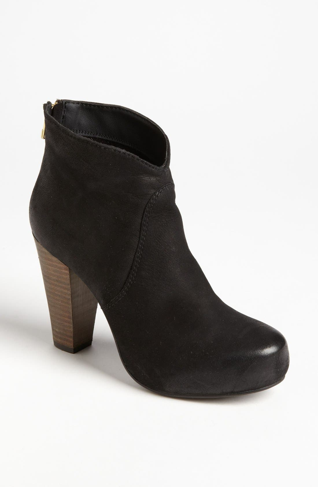 Alternate Image 1 Selected - Steve Madden 'Naples' Bootie