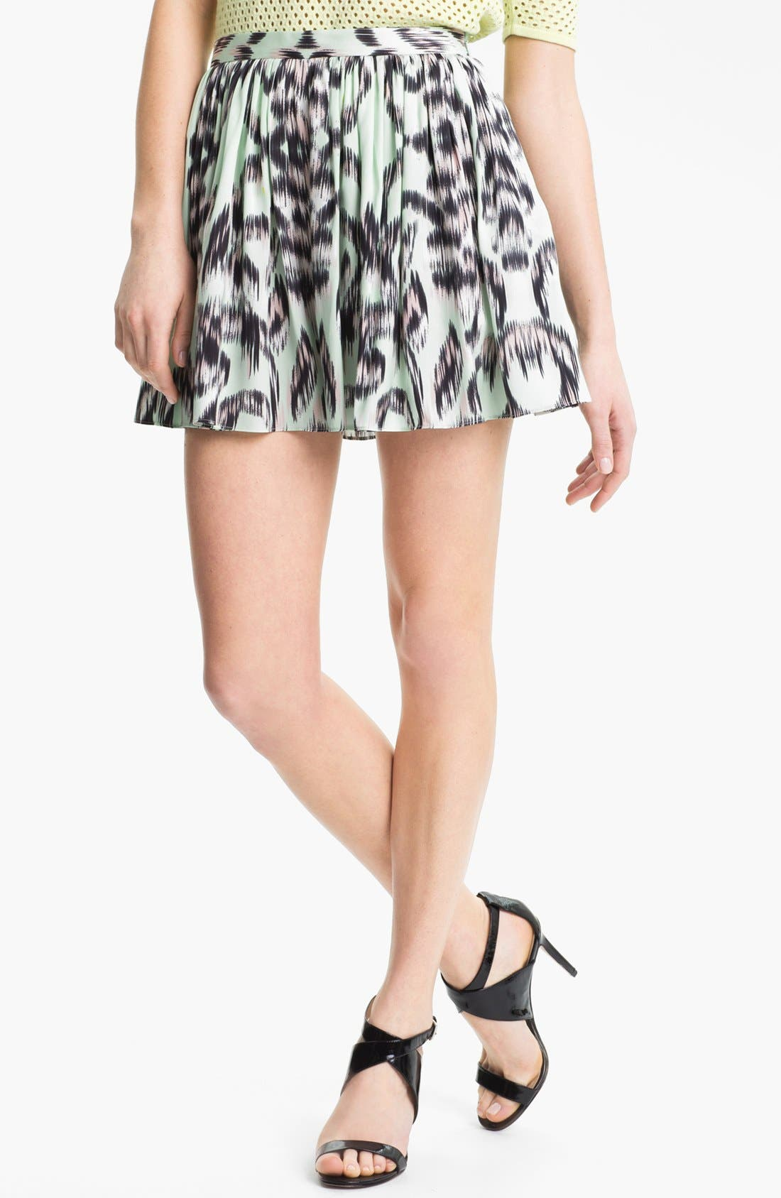 Main Image - Milly Gathered Stretch Silk Shorts