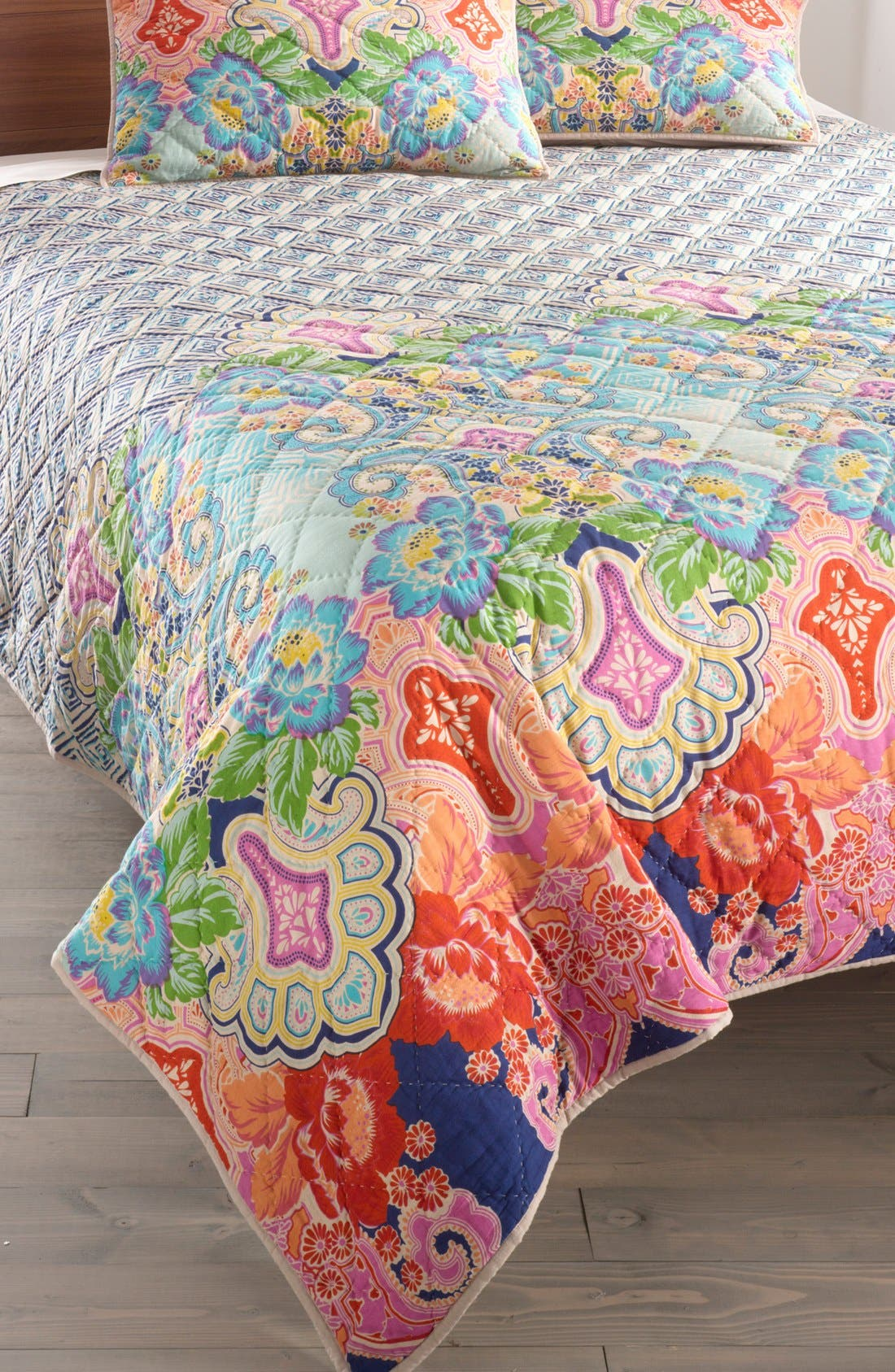 Alternate Image 1 Selected - Rizzy Home 'Corner' Quilt (Nordstrom Exclusive)