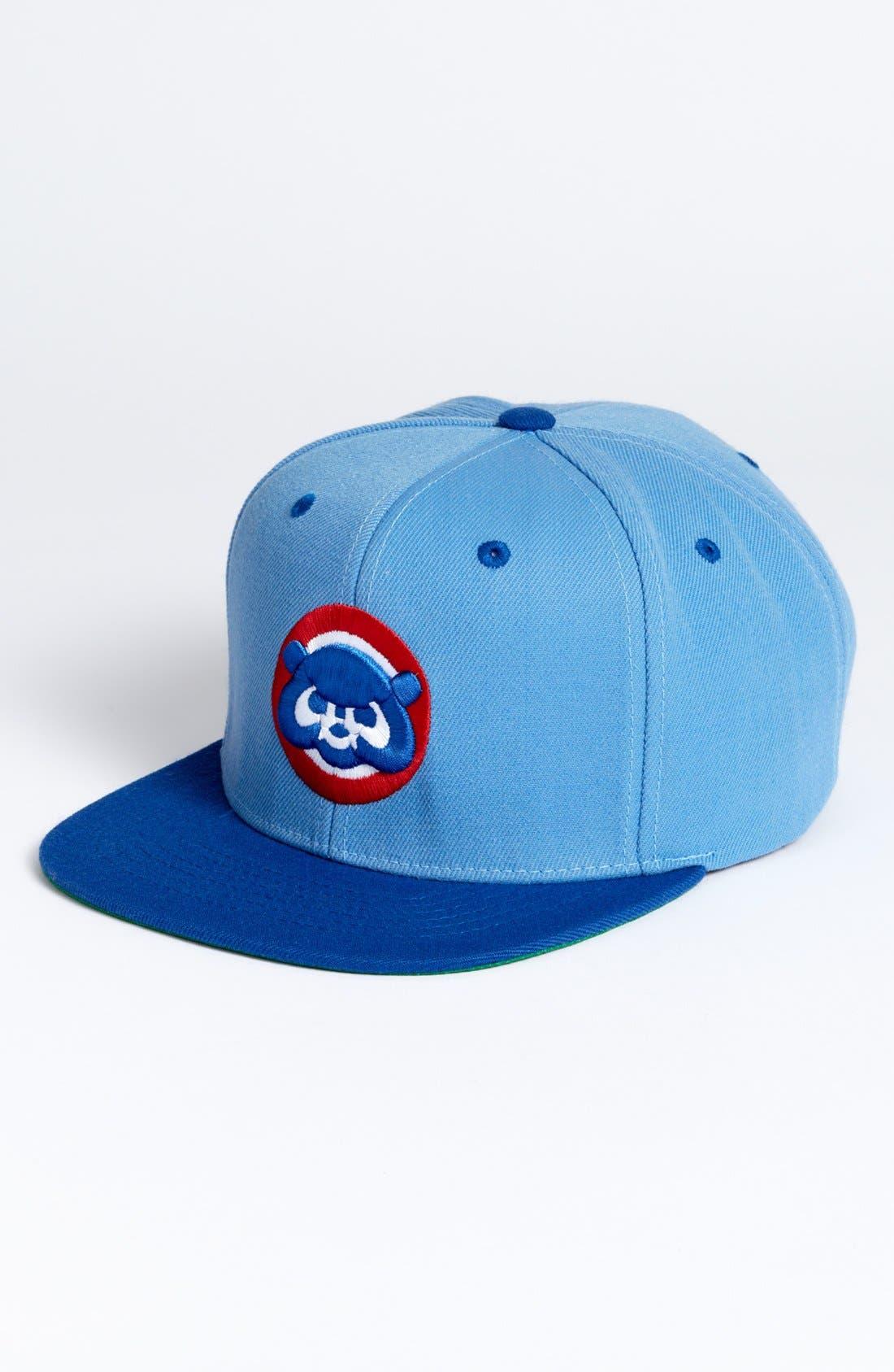 Main Image - American Needle 'Chicago Cubs - Back 2 Front' Snapback Baseball Cap