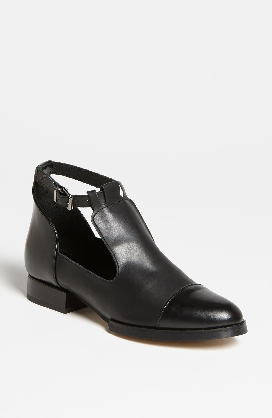 Main Image - Topshop 'Katz' Shoe