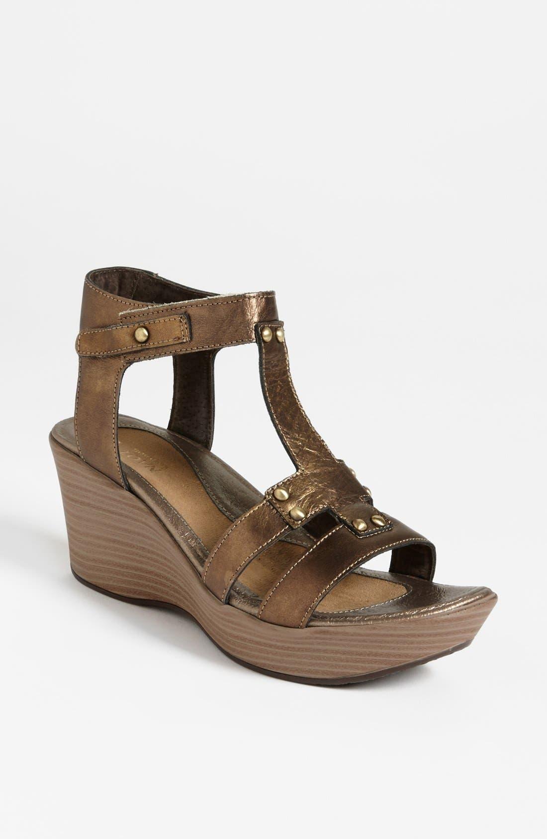 Main Image - Naot 'Flirt' Sandal