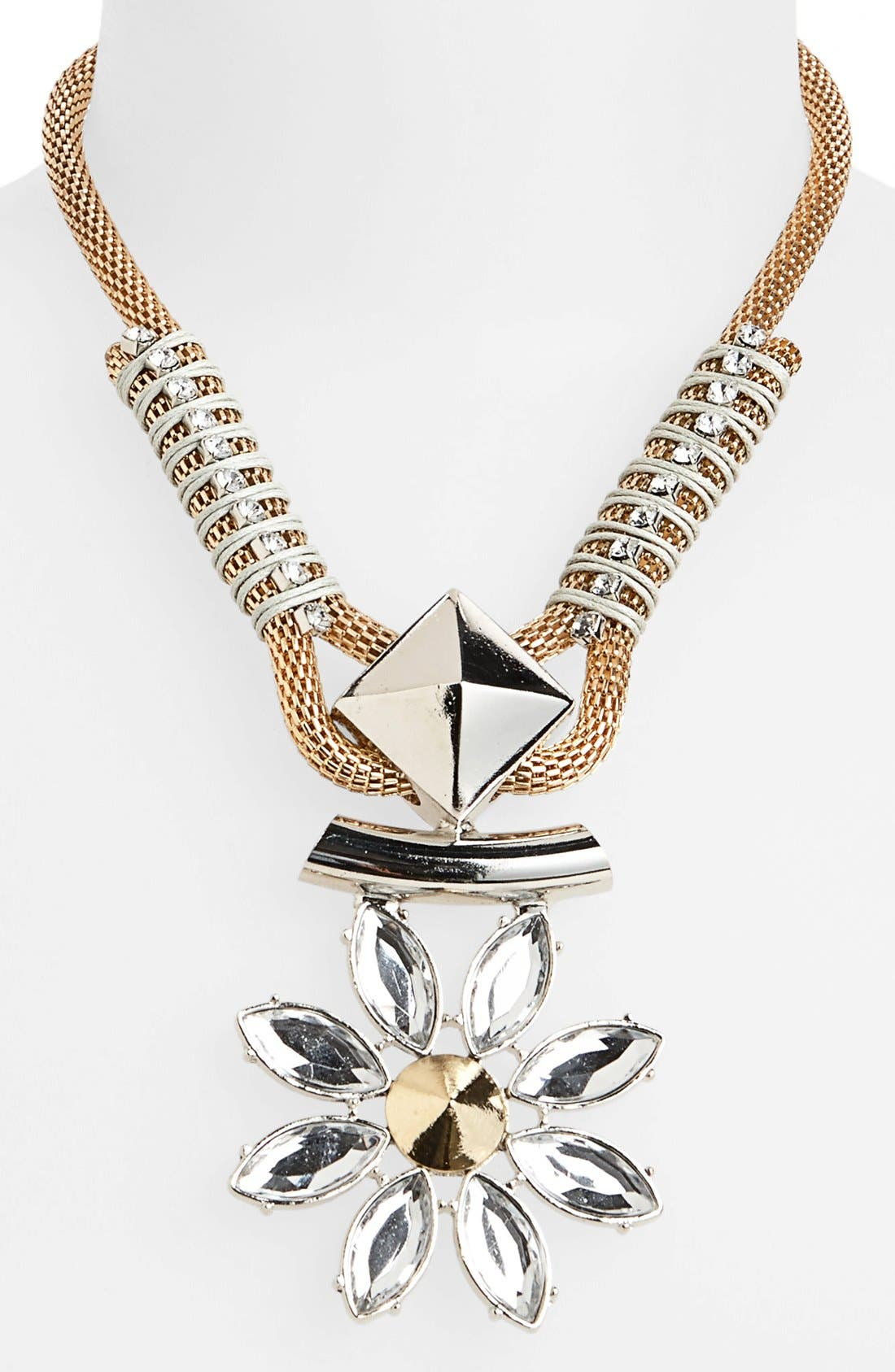 Main Image - Topshop Rhinestone Flower Pendant Necklace