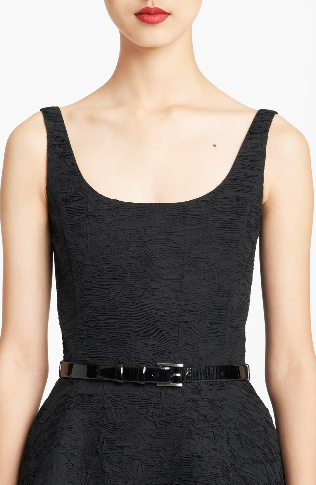 Main Image - Oscar de la Renta Skinny Patent Leather Belt
