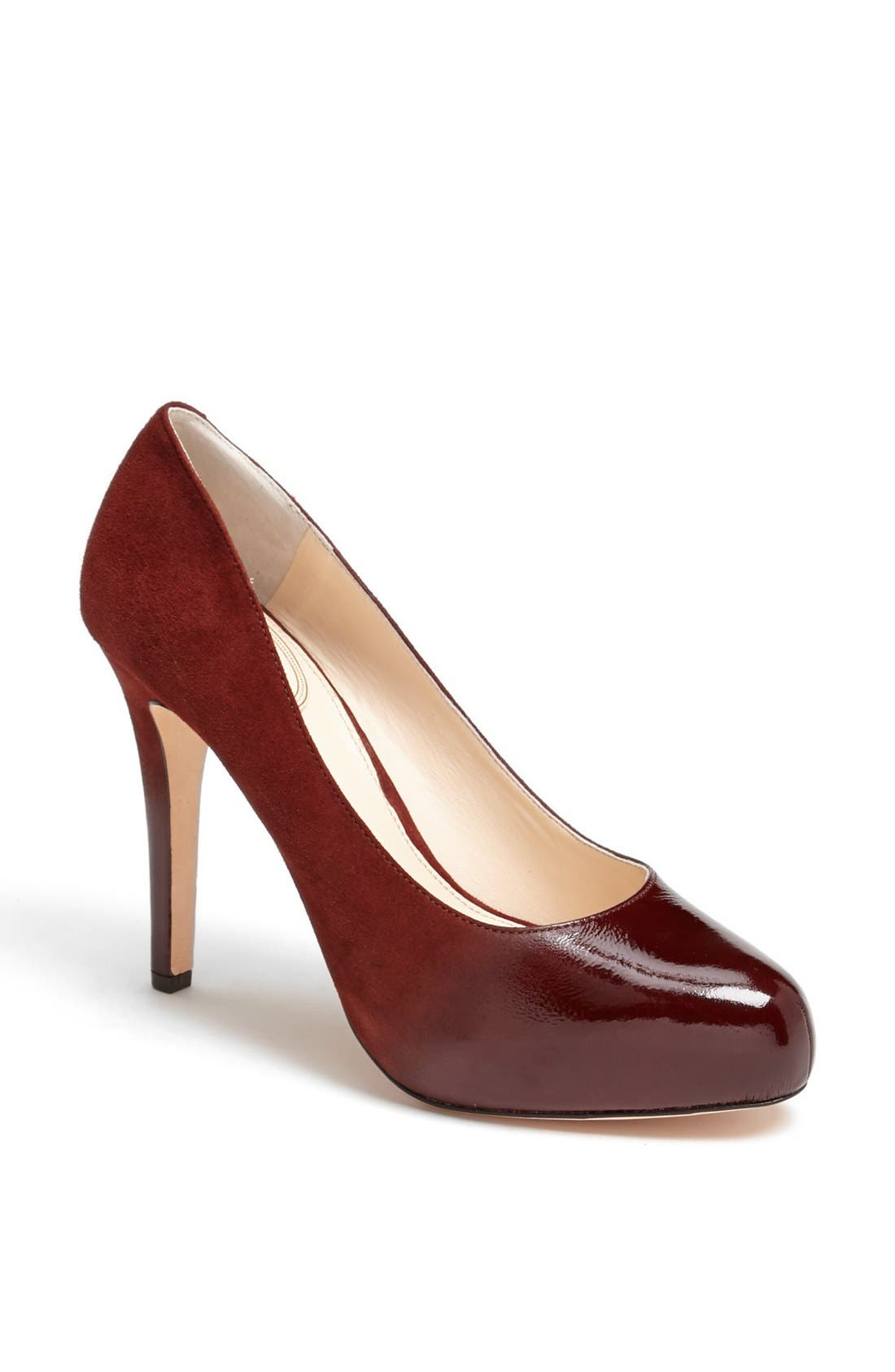 Alternate Image 1 Selected - VC Signature 'Browynn' Pump