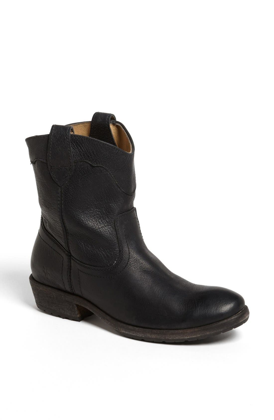 Main Image - Frye 'Carson Lug' Short Boot